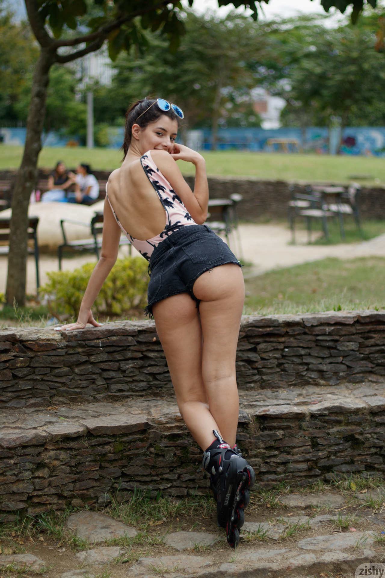 Kate Maze Skates Colombia Zishy (27)