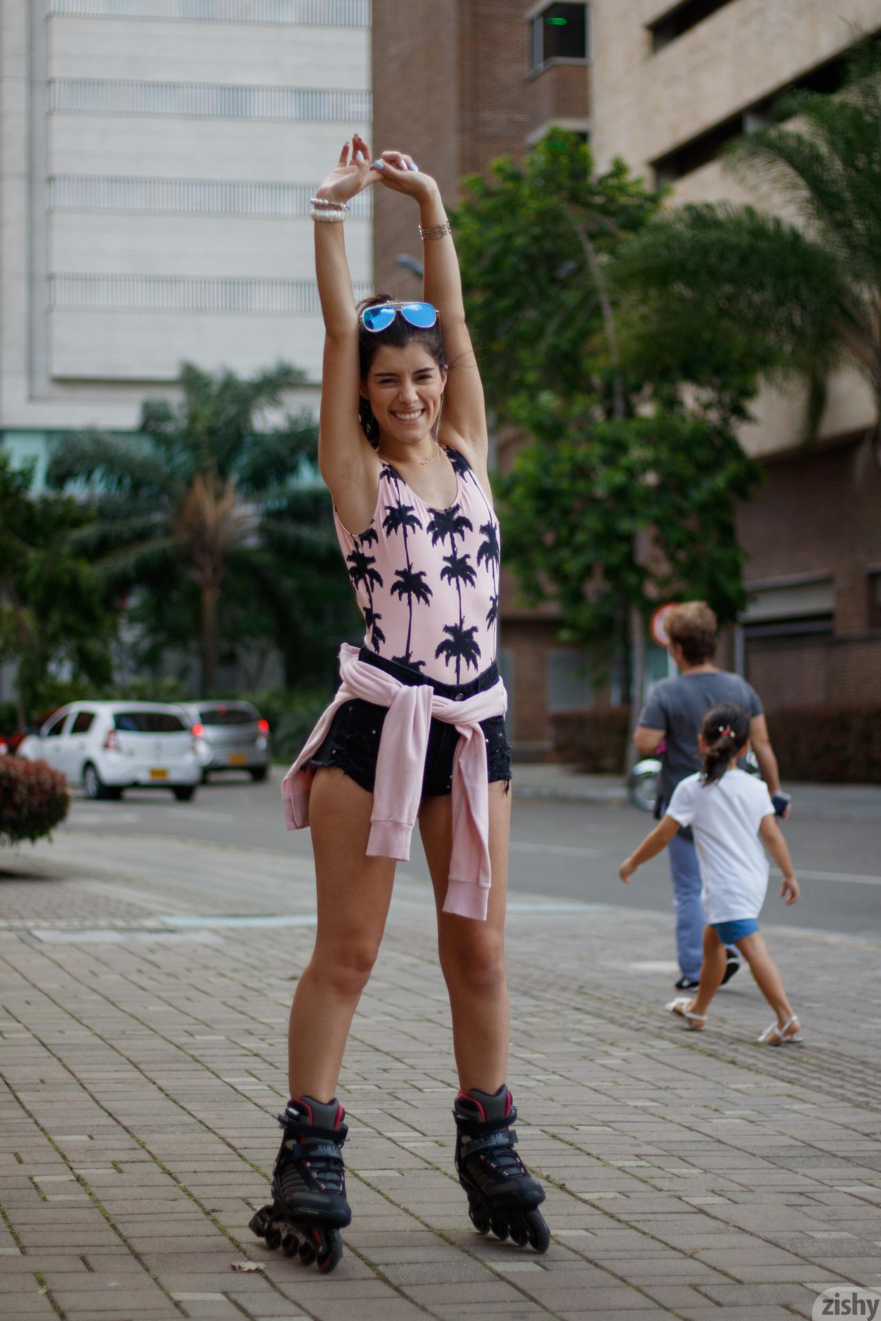 Kate Maze Skates Colombia Zishy (3)