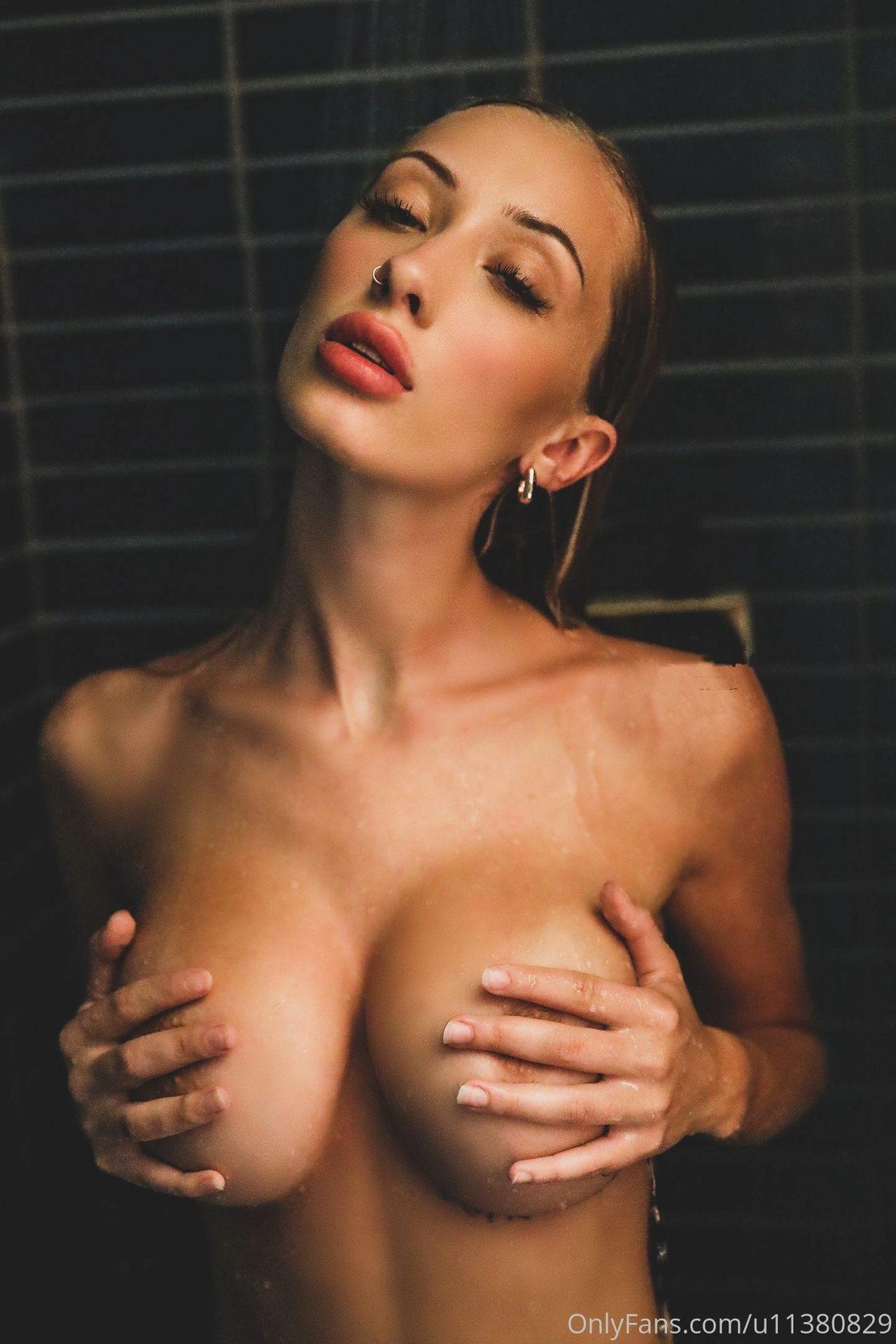 Kaylen Ward Nude 0036