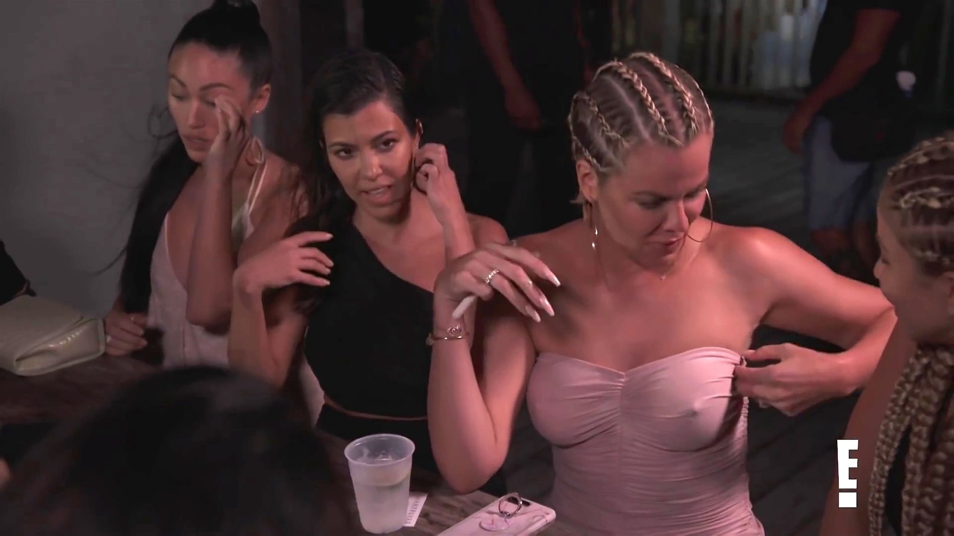 Khloé Kardashian Gets A Little Cold Without A Bra 0012