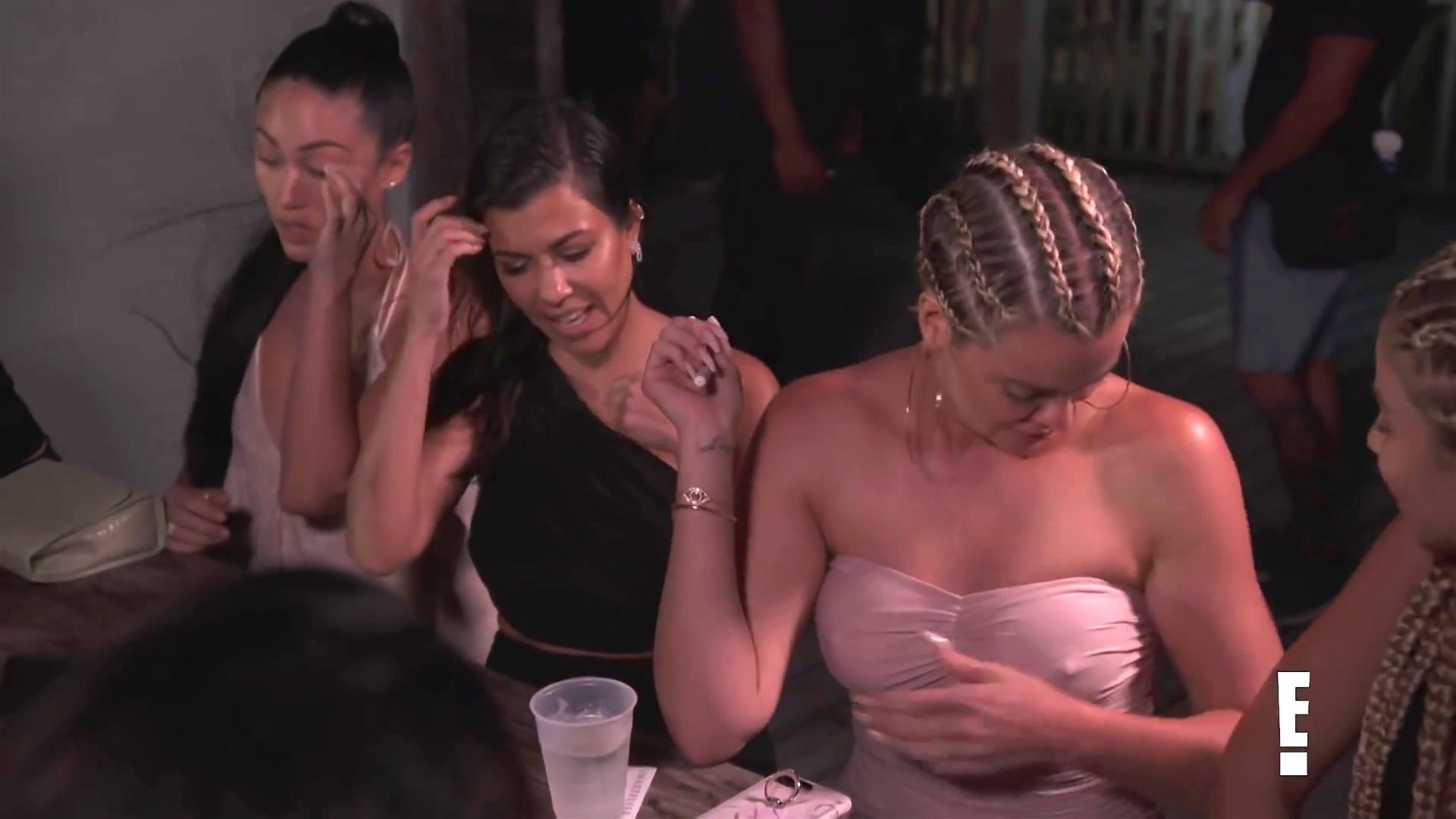 Khloé Kardashian Gets A Little Cold Without A Bra 0014