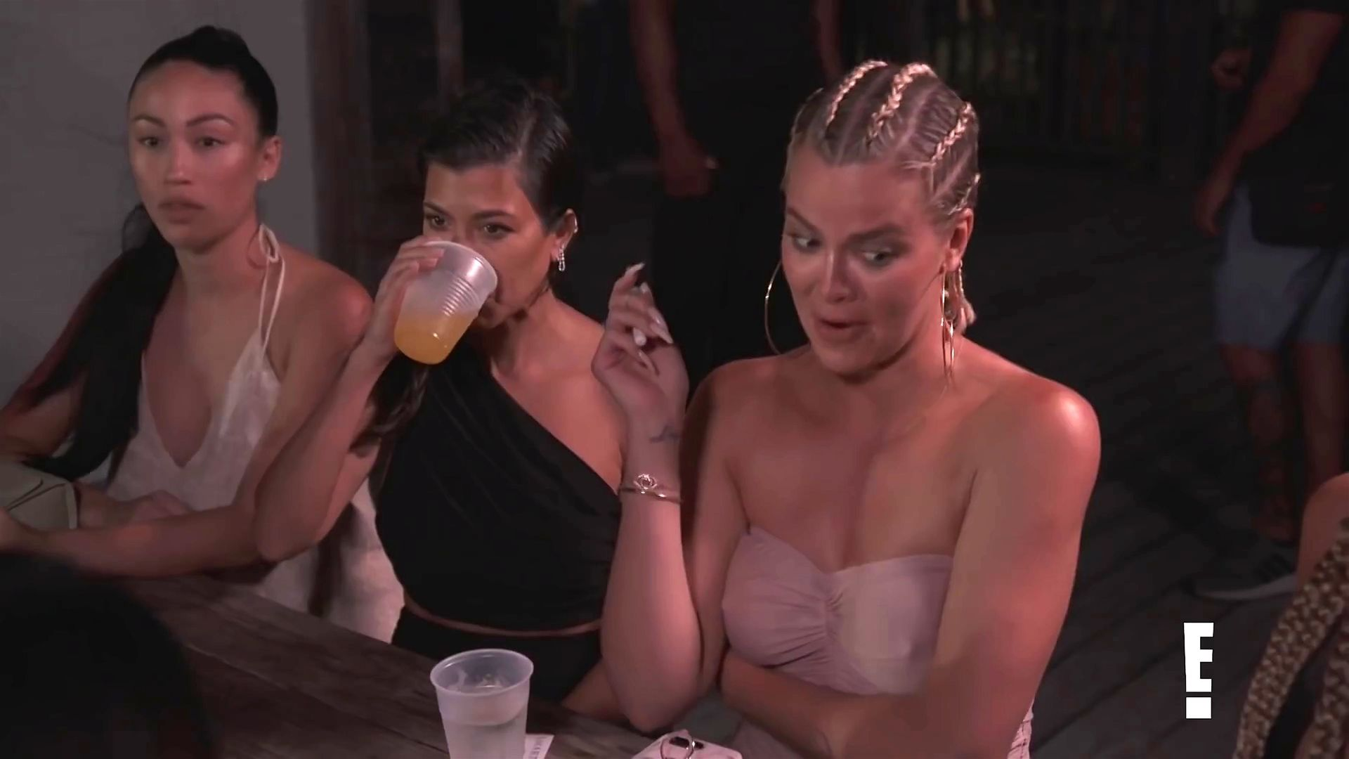 Khloé Kardashian Gets A Little Cold Without A Bra 0019