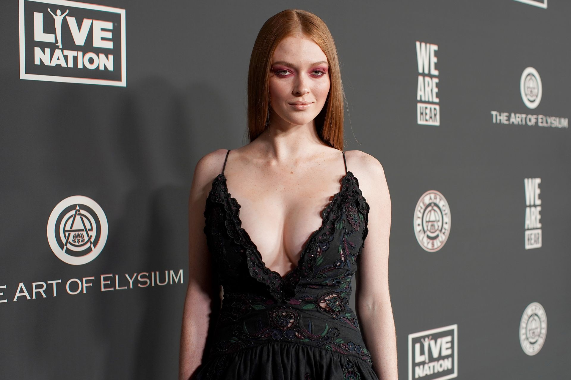 Larsen Thompson's Cleavage At The Art Of Elysium's 13th Annual Black Tie Artistic Experience Heaven 0013