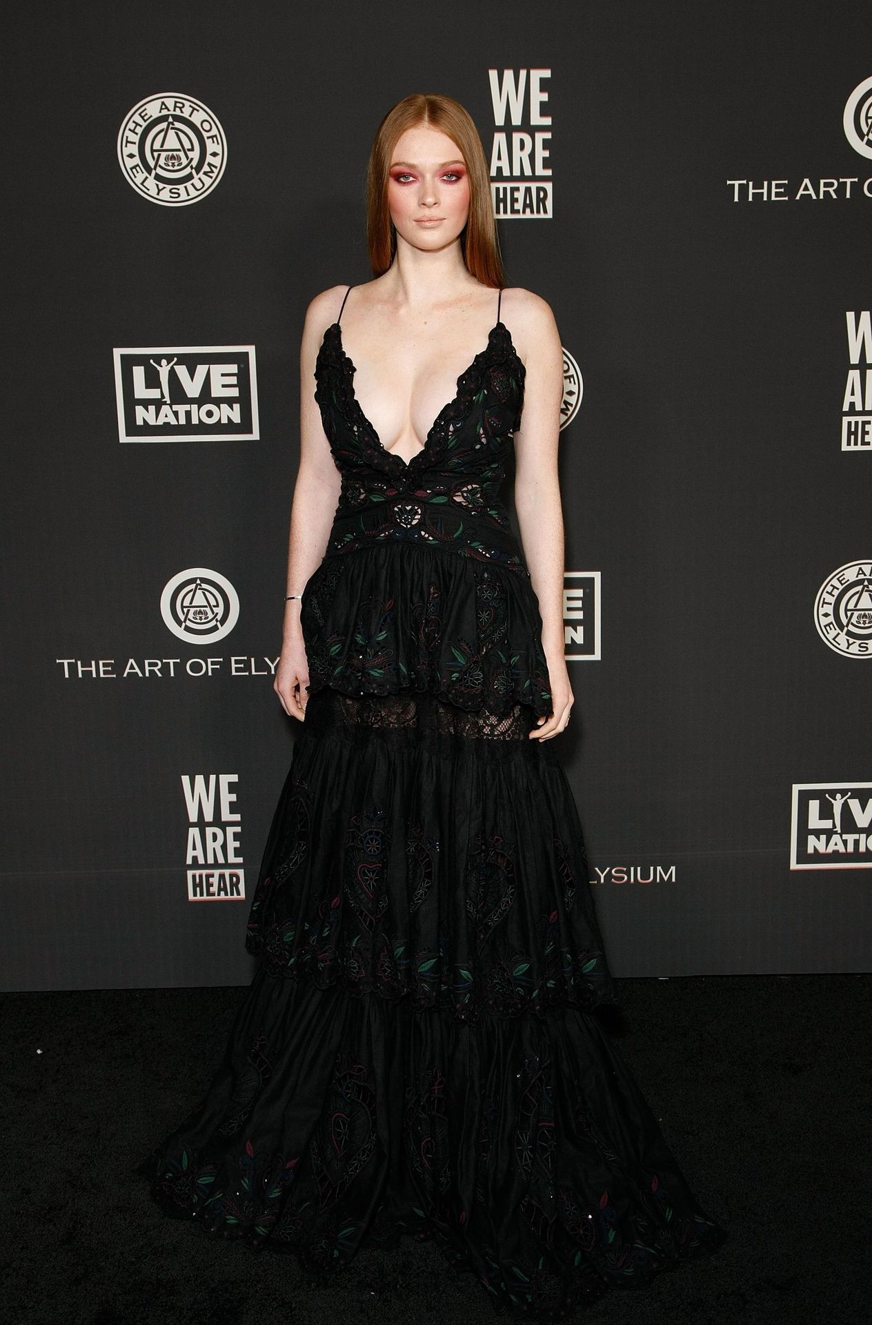 Larsen Thompson's Cleavage At The Art Of Elysium's 13th Annual Black Tie Artistic Experience Heaven 0016