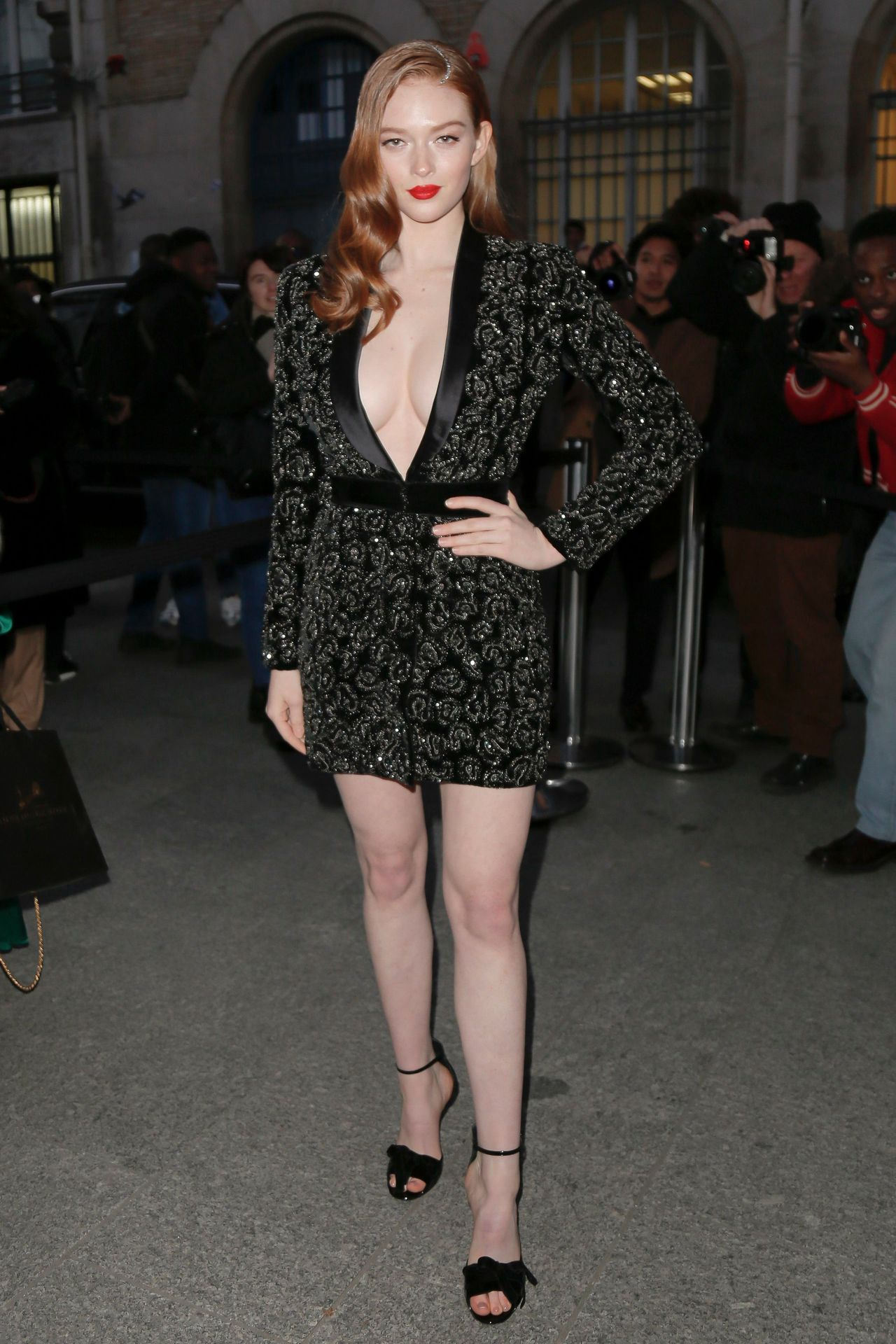 Larsen Thompson Wows With Her Tits At The Fashion Show 0001
