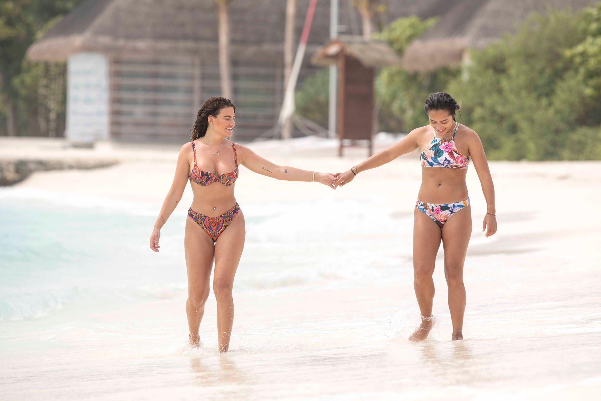 Megan Barton Hanson And Her Girlfriend Seen Enjoying Their Lesbian Holiday 0051