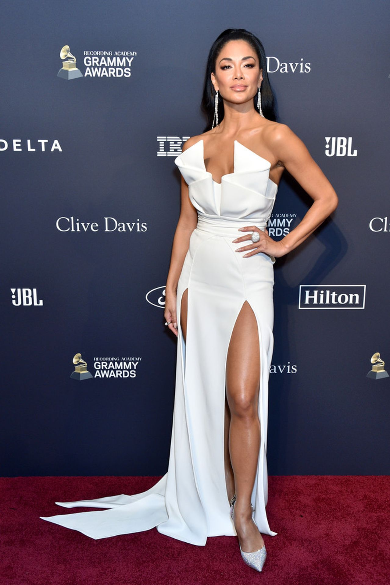 Nicole Scherzinger Stuns At The Clive Davis' 2020 Pre Grammy Gala 0003