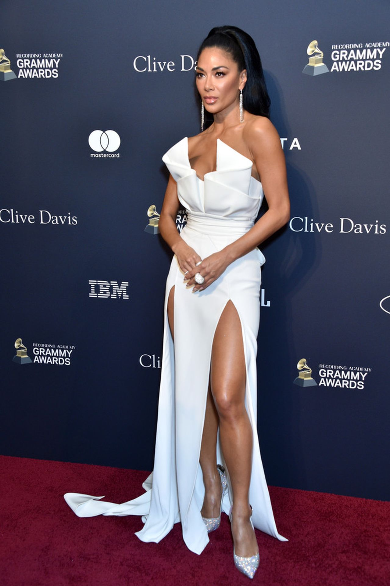 Nicole Scherzinger Stuns At The Clive Davis' 2020 Pre Grammy Gala 0004