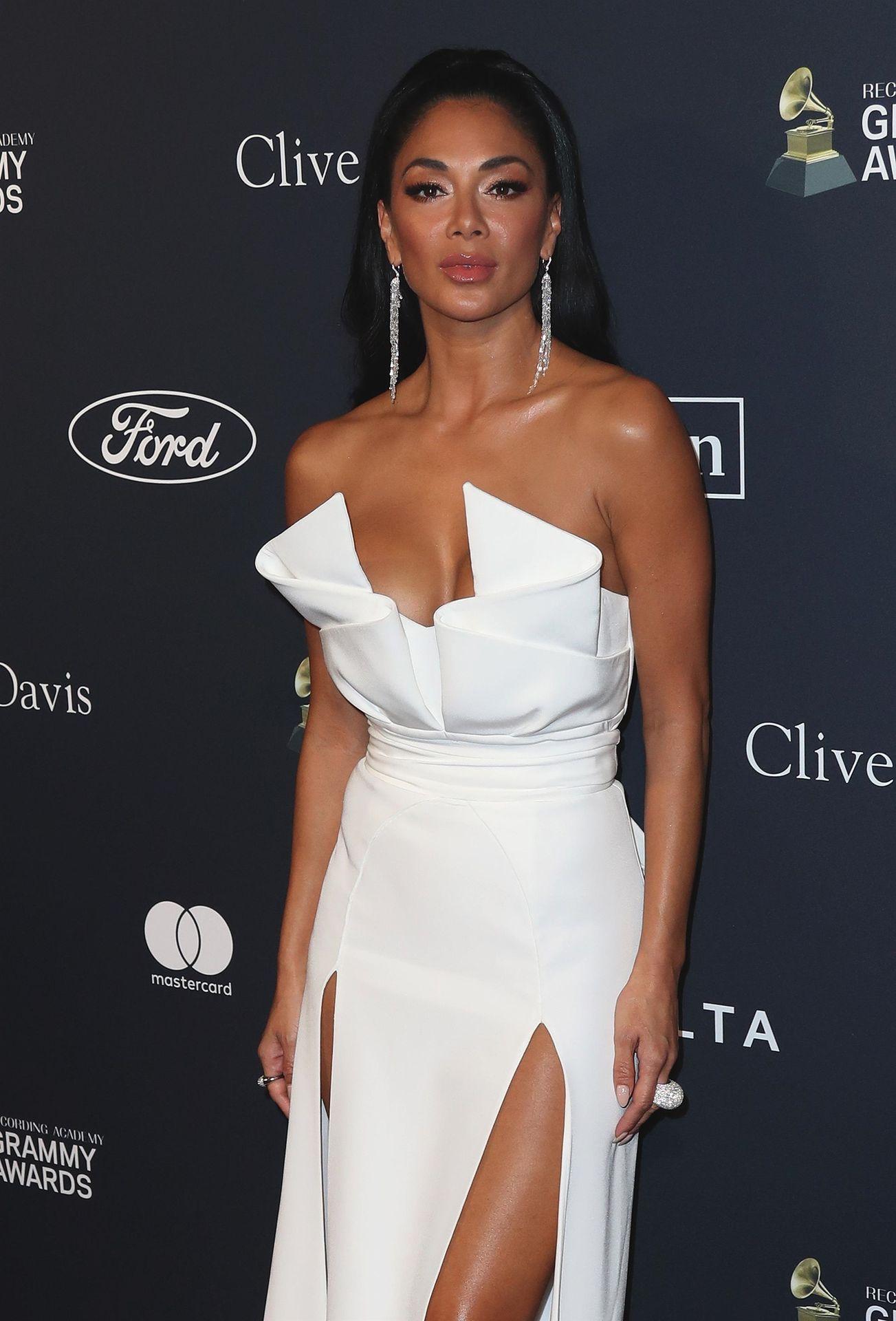 Nicole Scherzinger Stuns At The Clive Davis' 2020 Pre Grammy Gala 0010