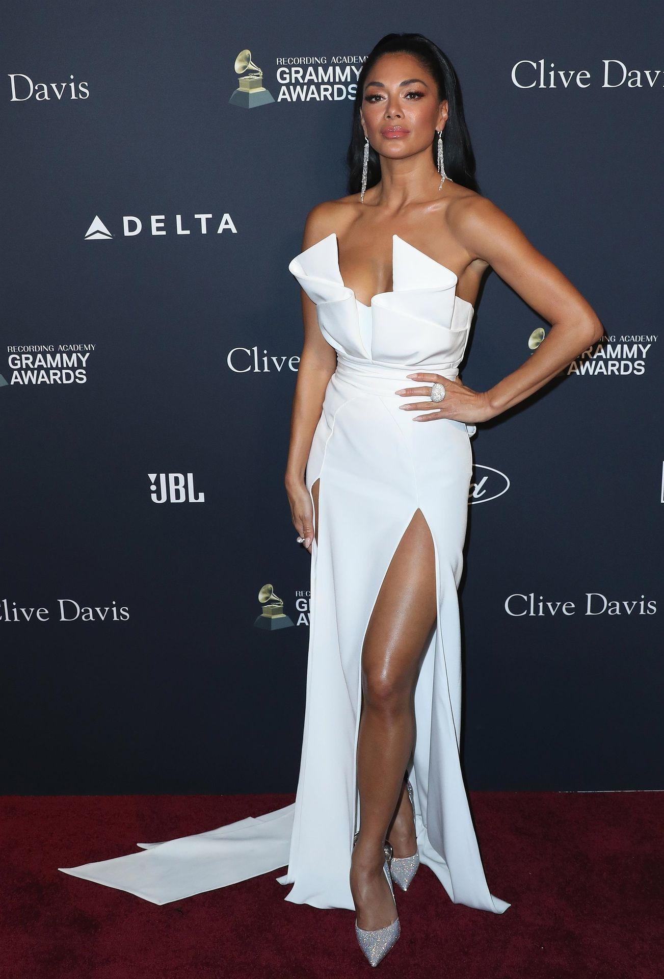 Nicole Scherzinger Stuns At The Clive Davis' 2020 Pre Grammy Gala 0024