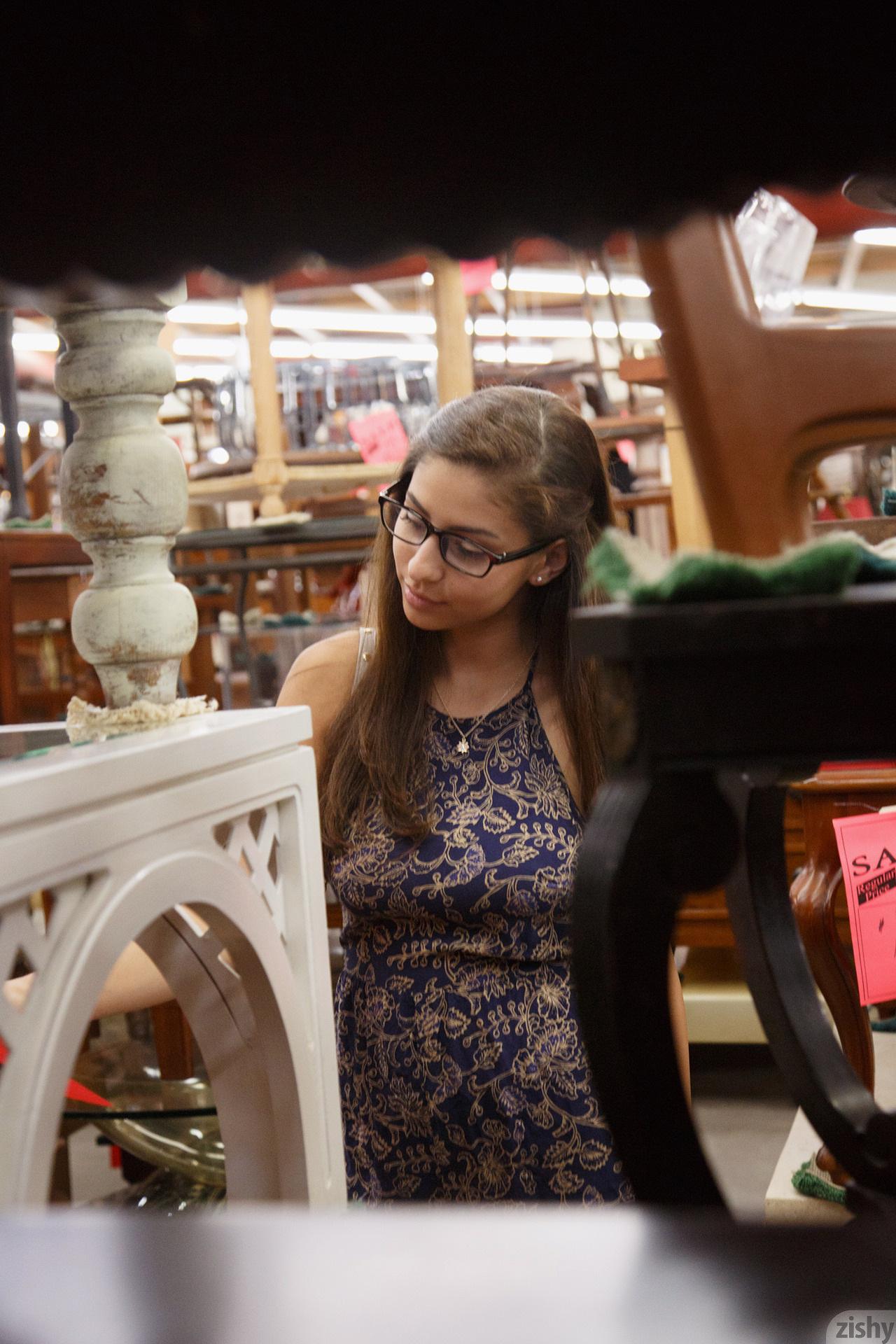 Nina North Used Furniture Zishy (30)