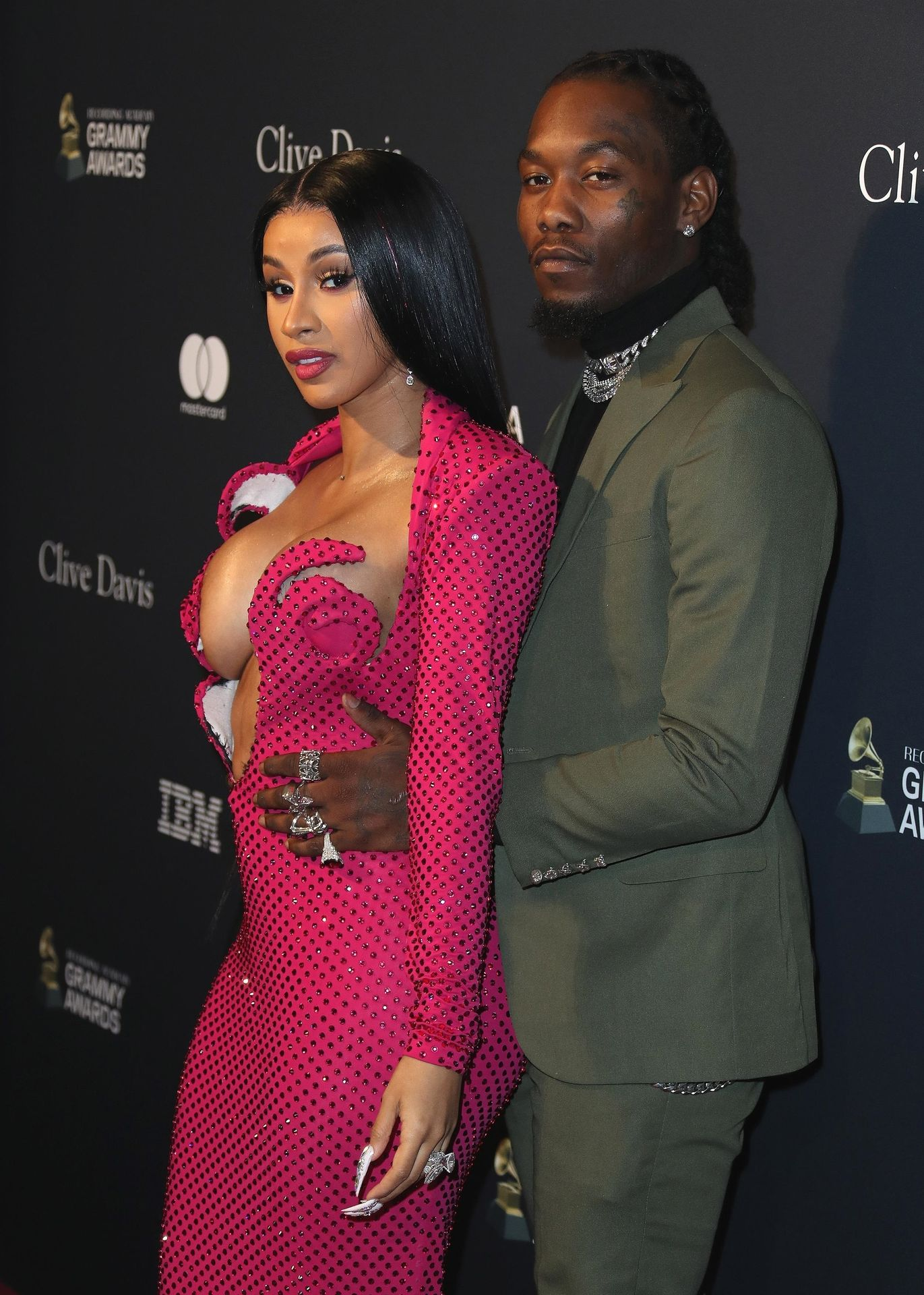 Offset Covers Cardi B's Boobs To Avoid Wardrobe Malfunction At Clive Davis Pre Grammy Party 0010