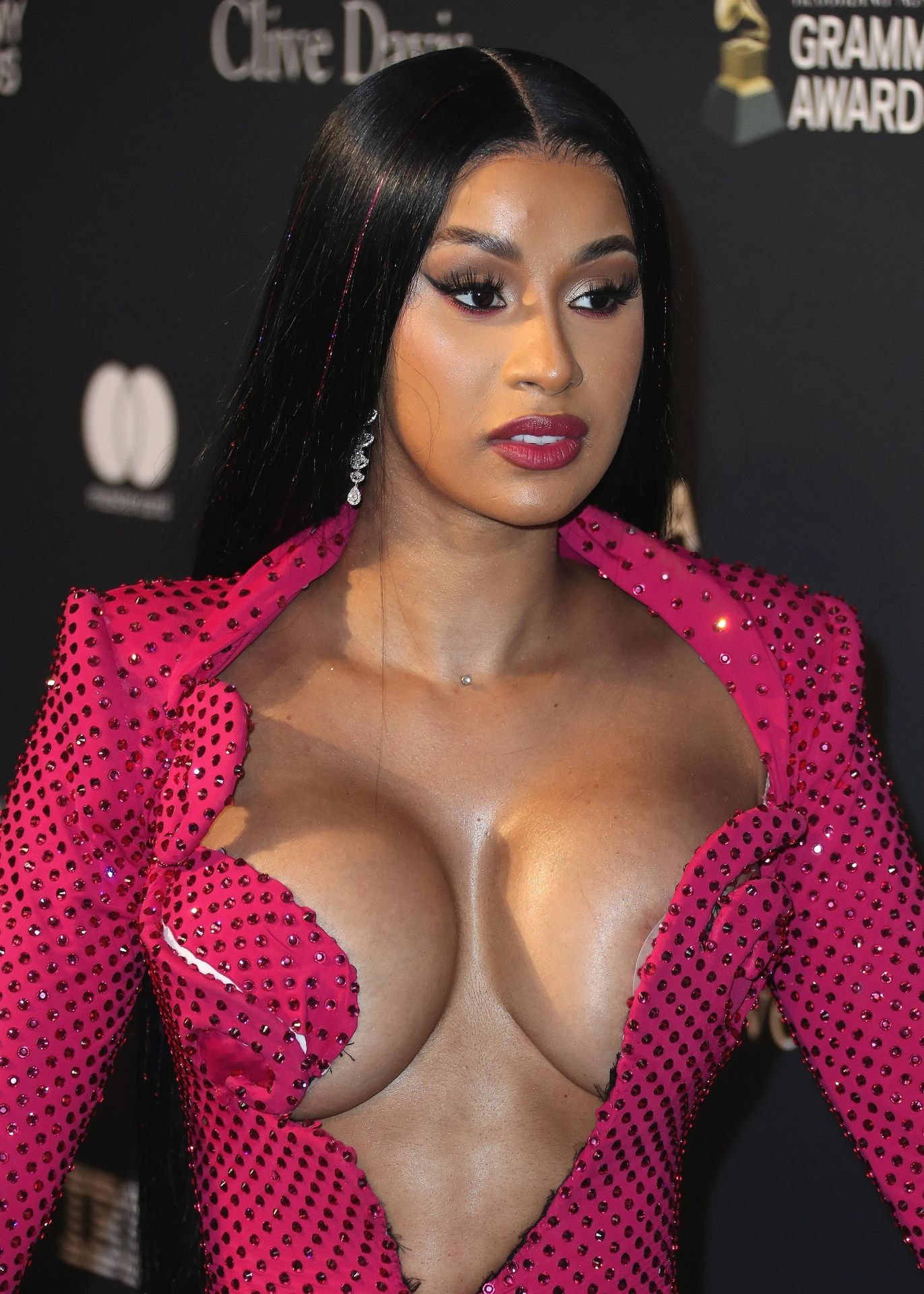Offset Covers Cardi B's Boobs To Avoid Wardrobe Malfunction At Clive Davis Pre Grammy Party 0017
