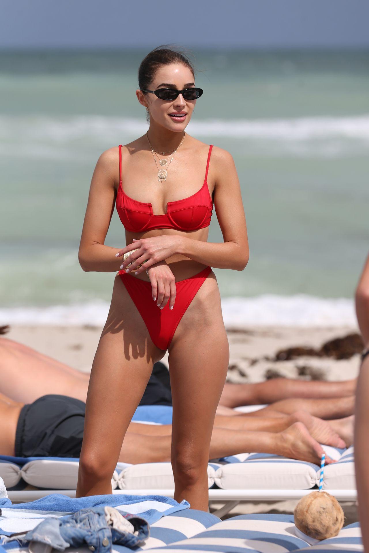 Olivia Culpo Hot 0011