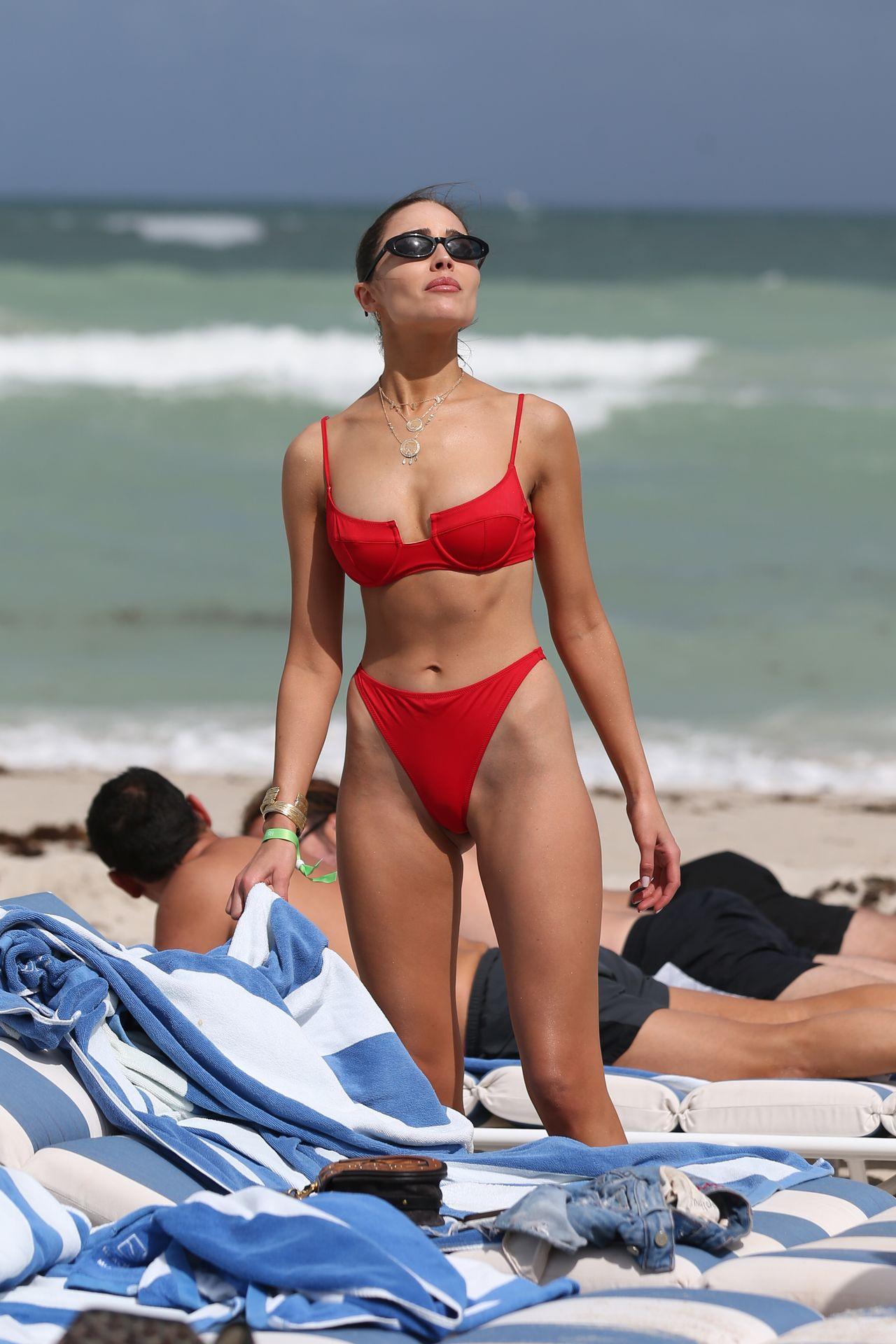 Olivia Culpo Hot 0024