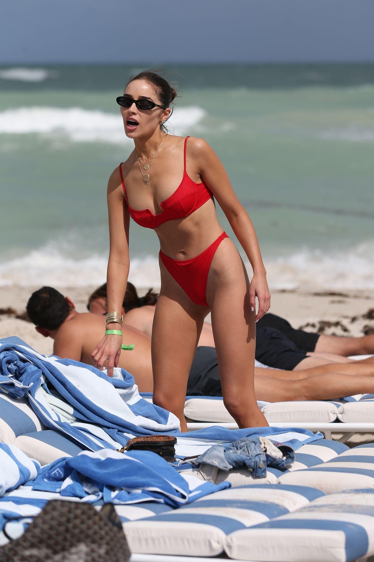 Olivia Culpo Hot 0027