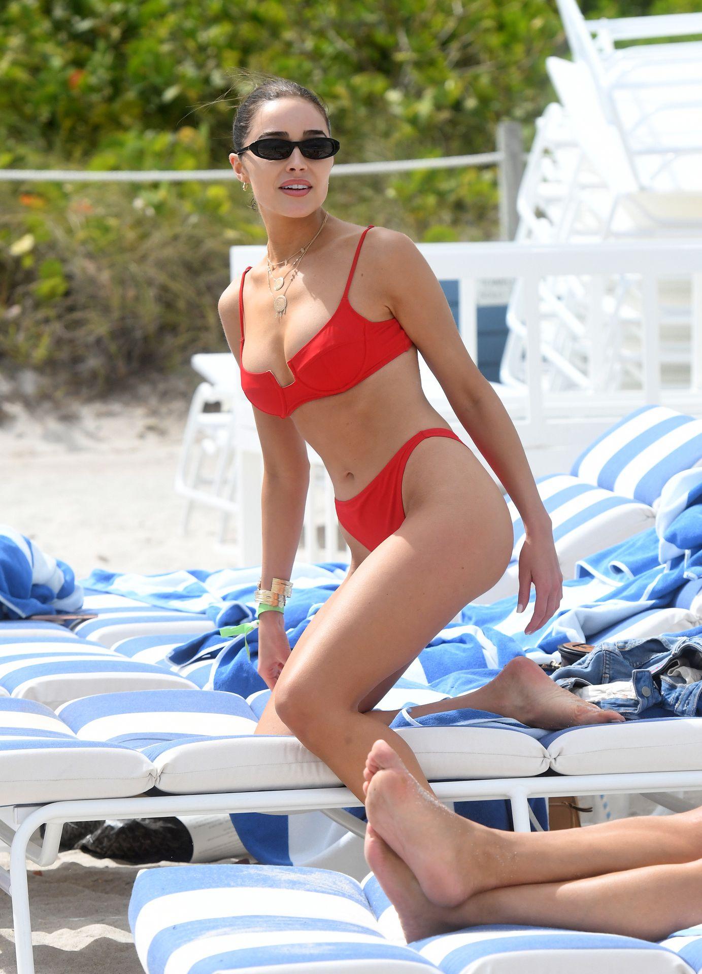 Olivia Culpo Hot 0074