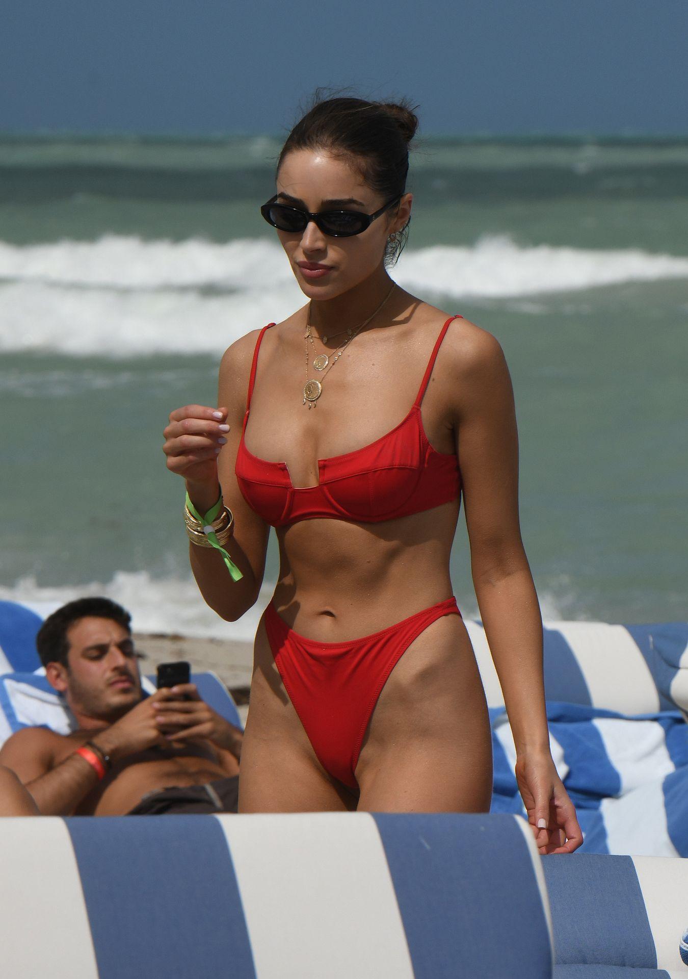Olivia Culpo Hot 0134