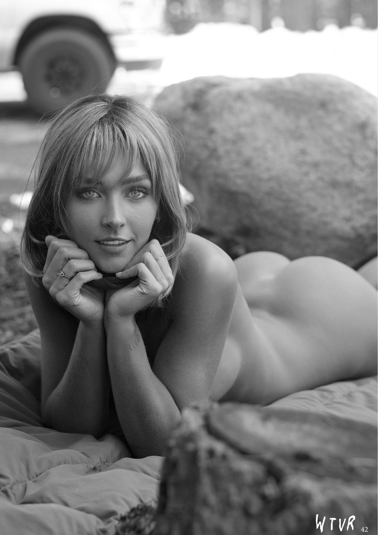 Rachel Cook, Alexis Rupp Nude – Wtvr Magazine №3 0040