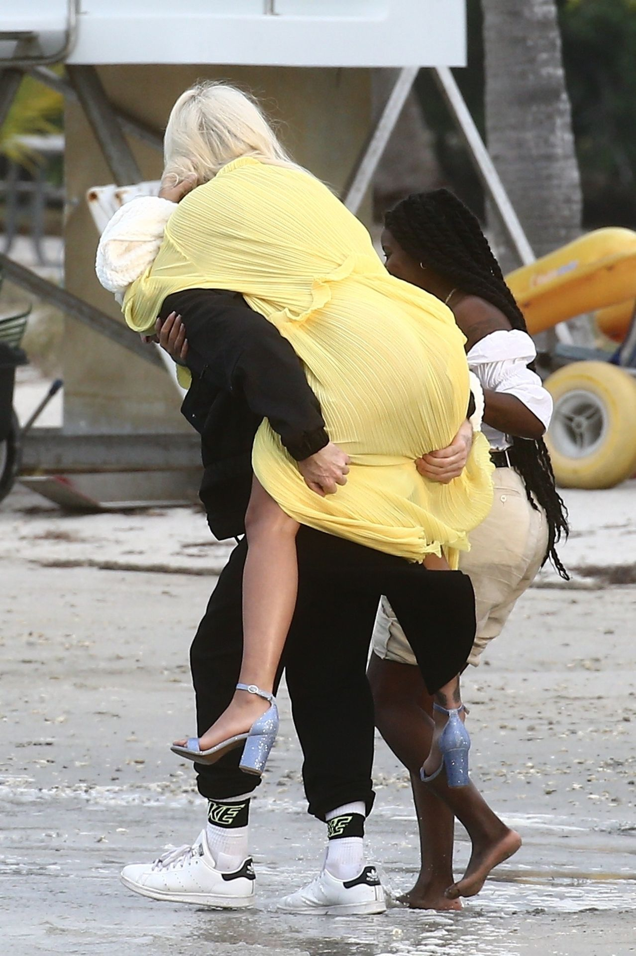 Rita Ora Upskirt 0025