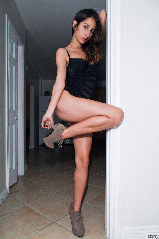 Sarah Lynch Vestibulum Oris Zishy (15)