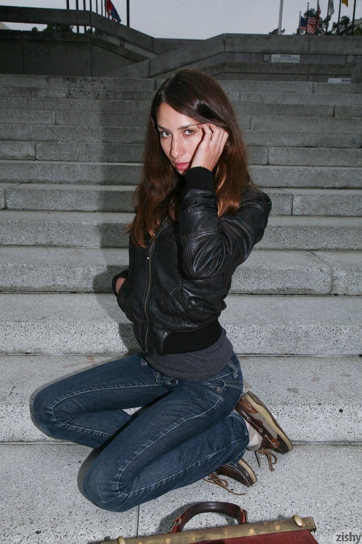 Sarah Lynch Vestibulum Oris Zishy (6)