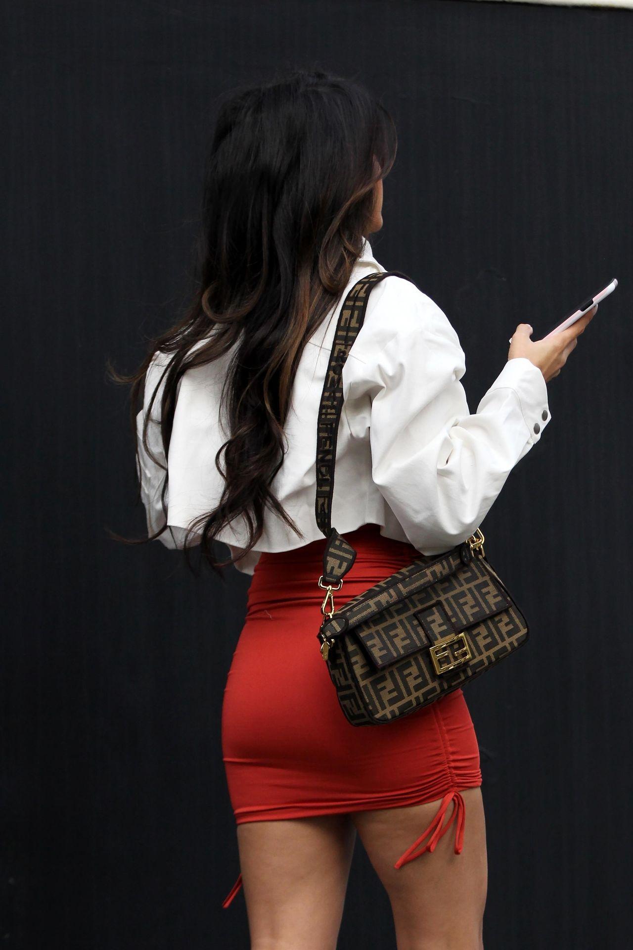 Sexy Jasmin Walia Starts Her Week At La Studio 0044
