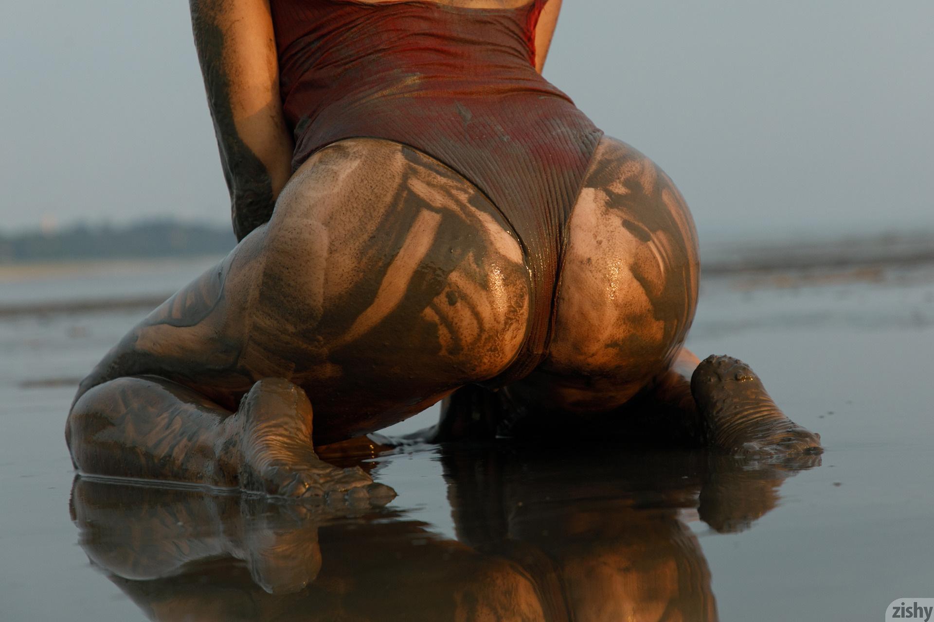 Sofia Orlova On Gryaznyy Beach Zishy (41)