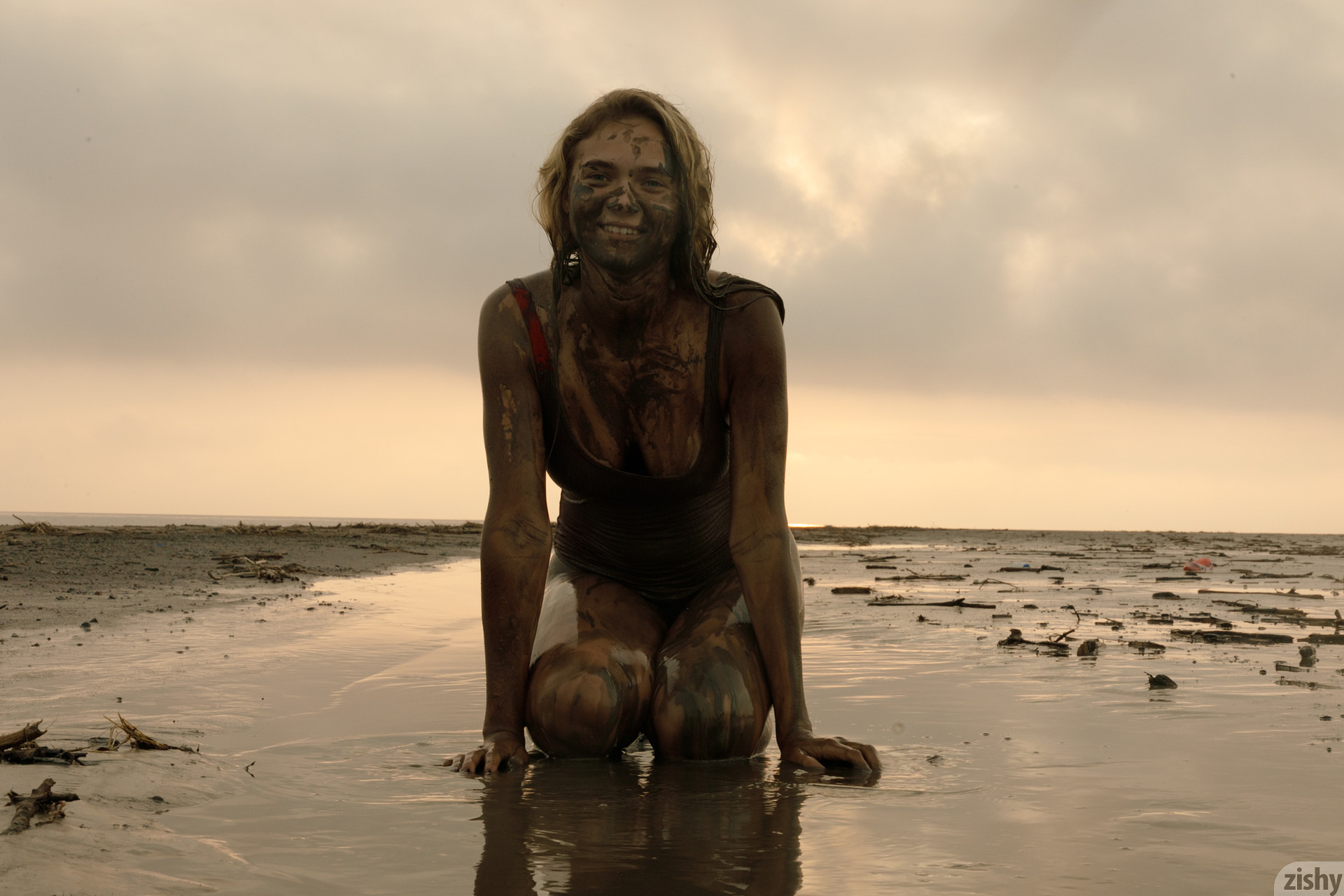 Sofia Orlova On Gryaznyy Beach Zishy (47)