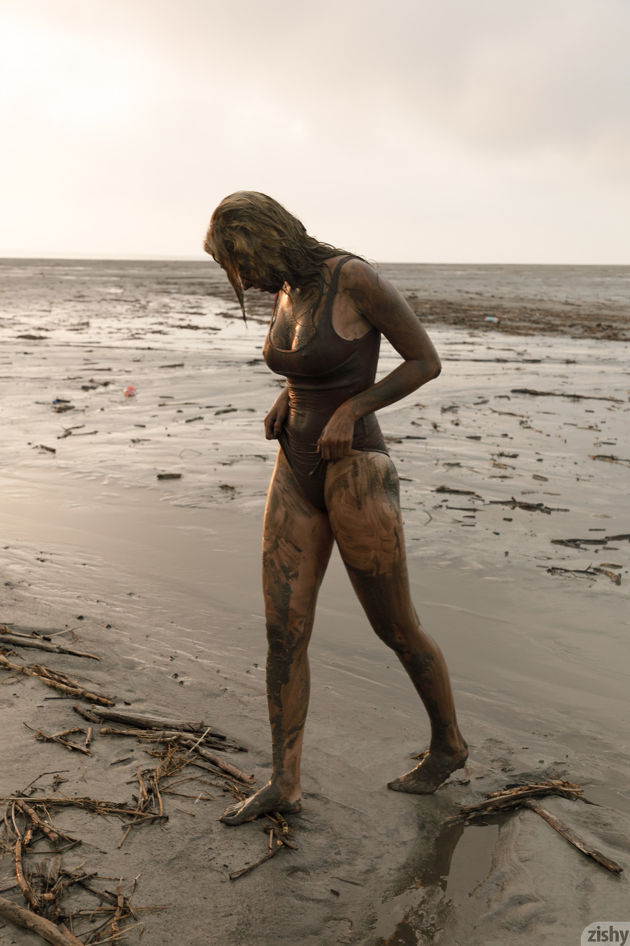 Sofia Orlova On Gryaznyy Beach Zishy (60)