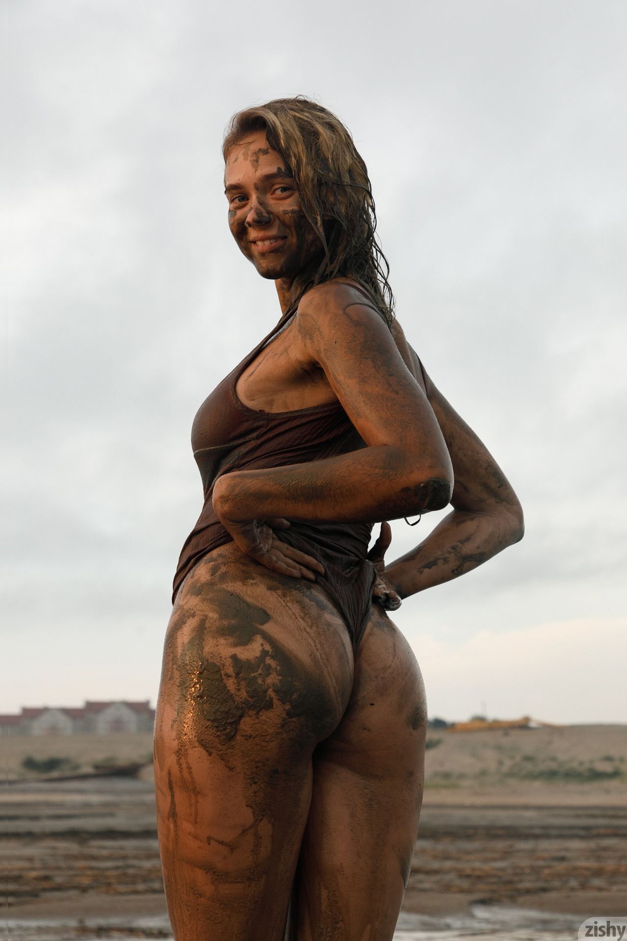 Sofia Orlova On Gryaznyy Beach Zishy (70)