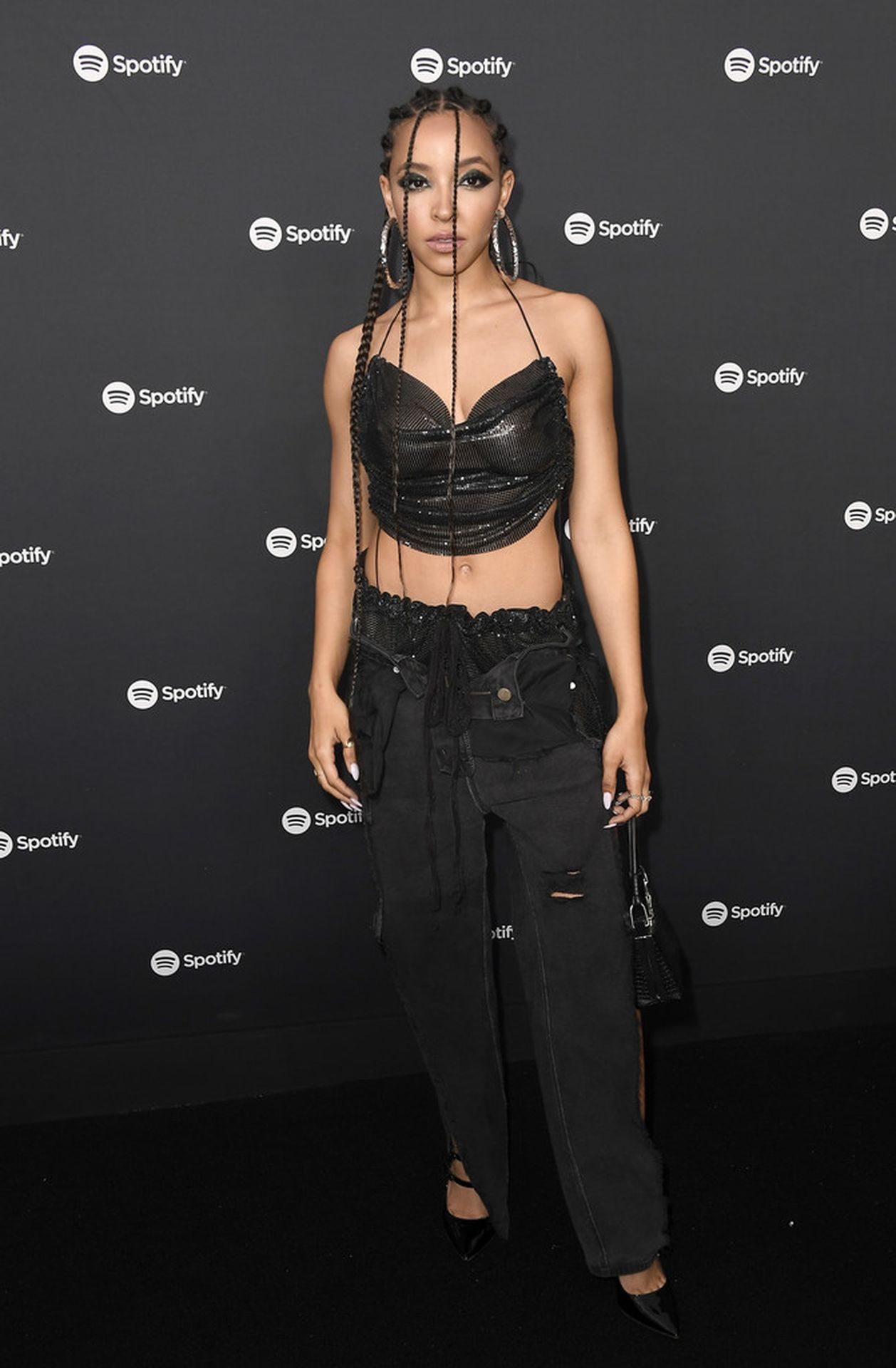 Tinashe Flaunts Her Tits At The Spotify Best New Artist Party 0003