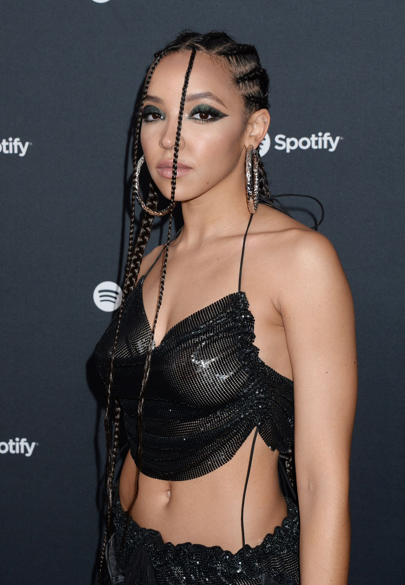 Tinashe Flaunts Her Tits At The Spotify Best New Artist Party 0008