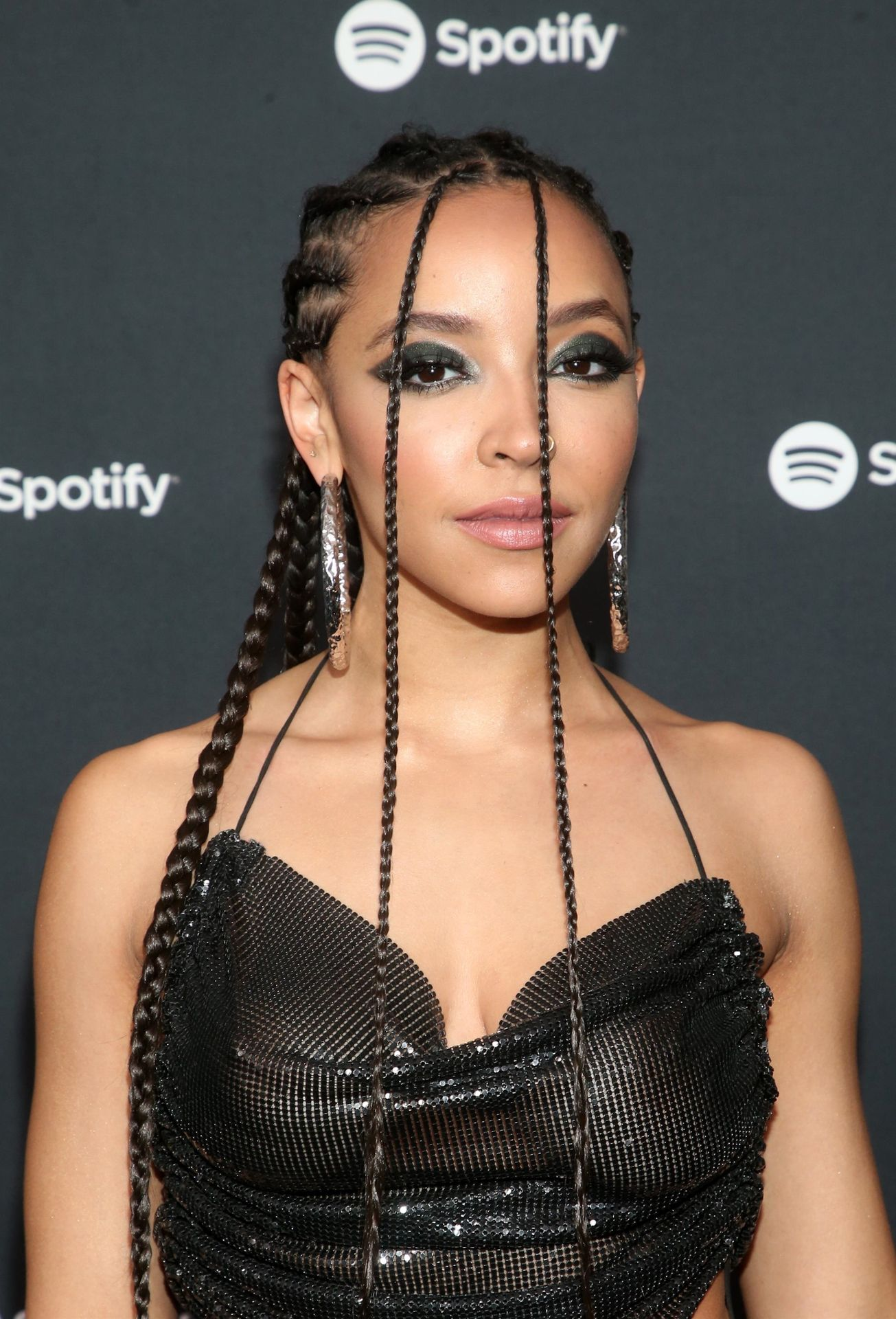 Tinashe Flaunts Her Tits At The Spotify Best New Artist Party 0013