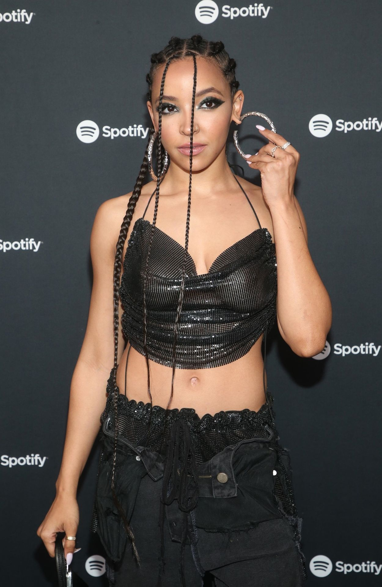 Tinashe Flaunts Her Tits At The Spotify Best New Artist Party 0014