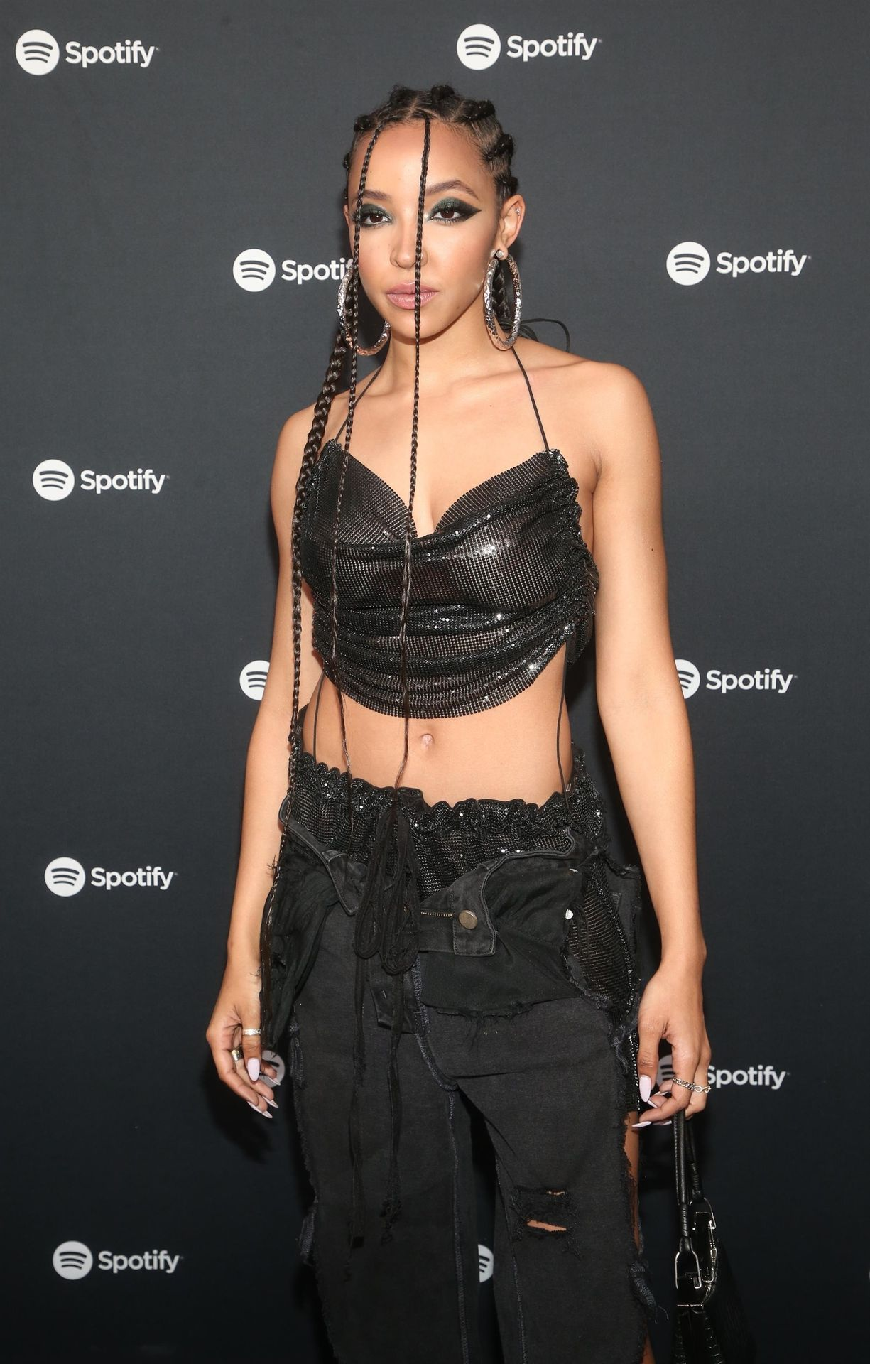Tinashe Flaunts Her Tits At The Spotify Best New Artist Party 0018