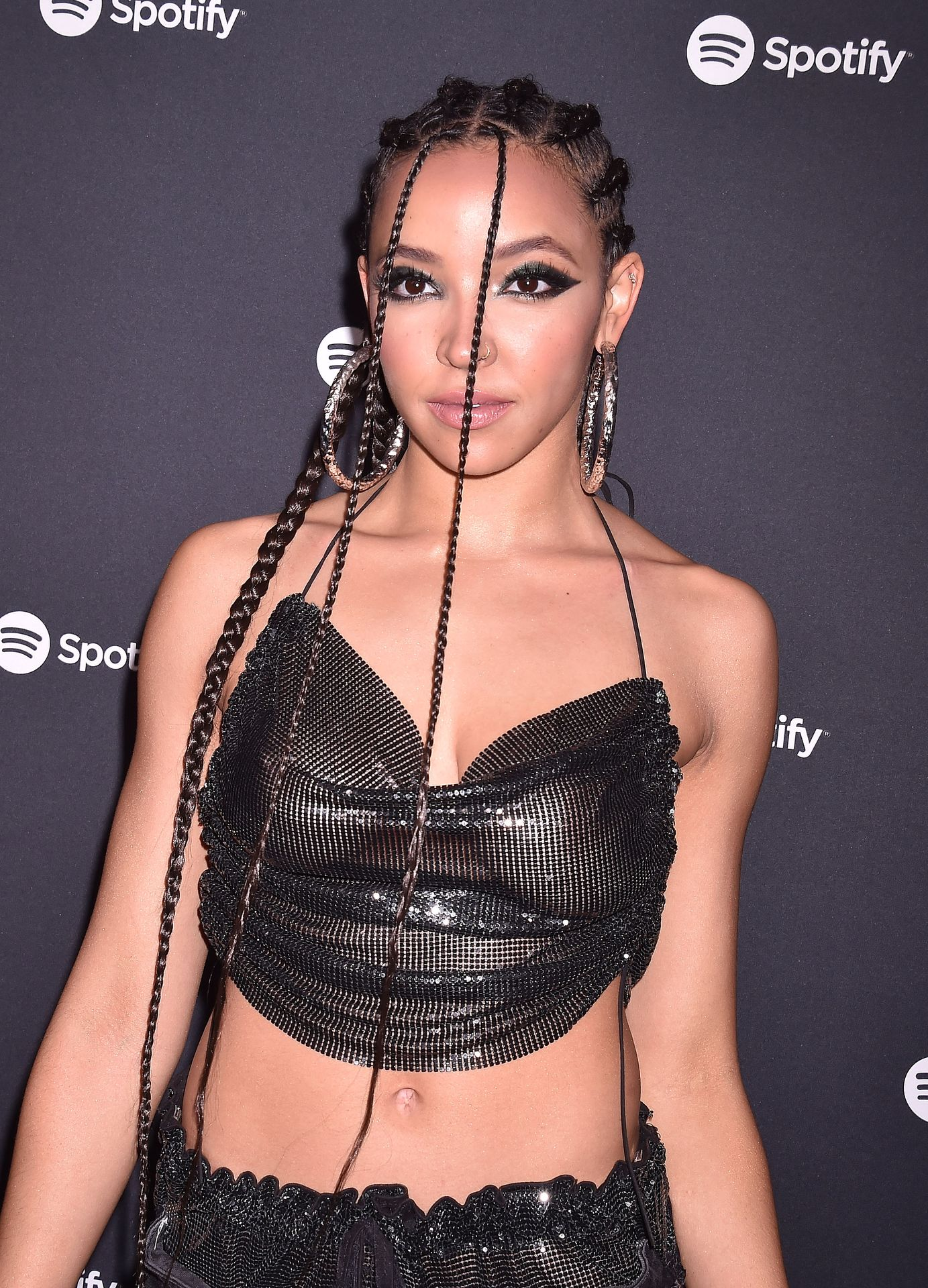 Tinashe Flaunts Her Tits At The Spotify Best New Artist Party 0020