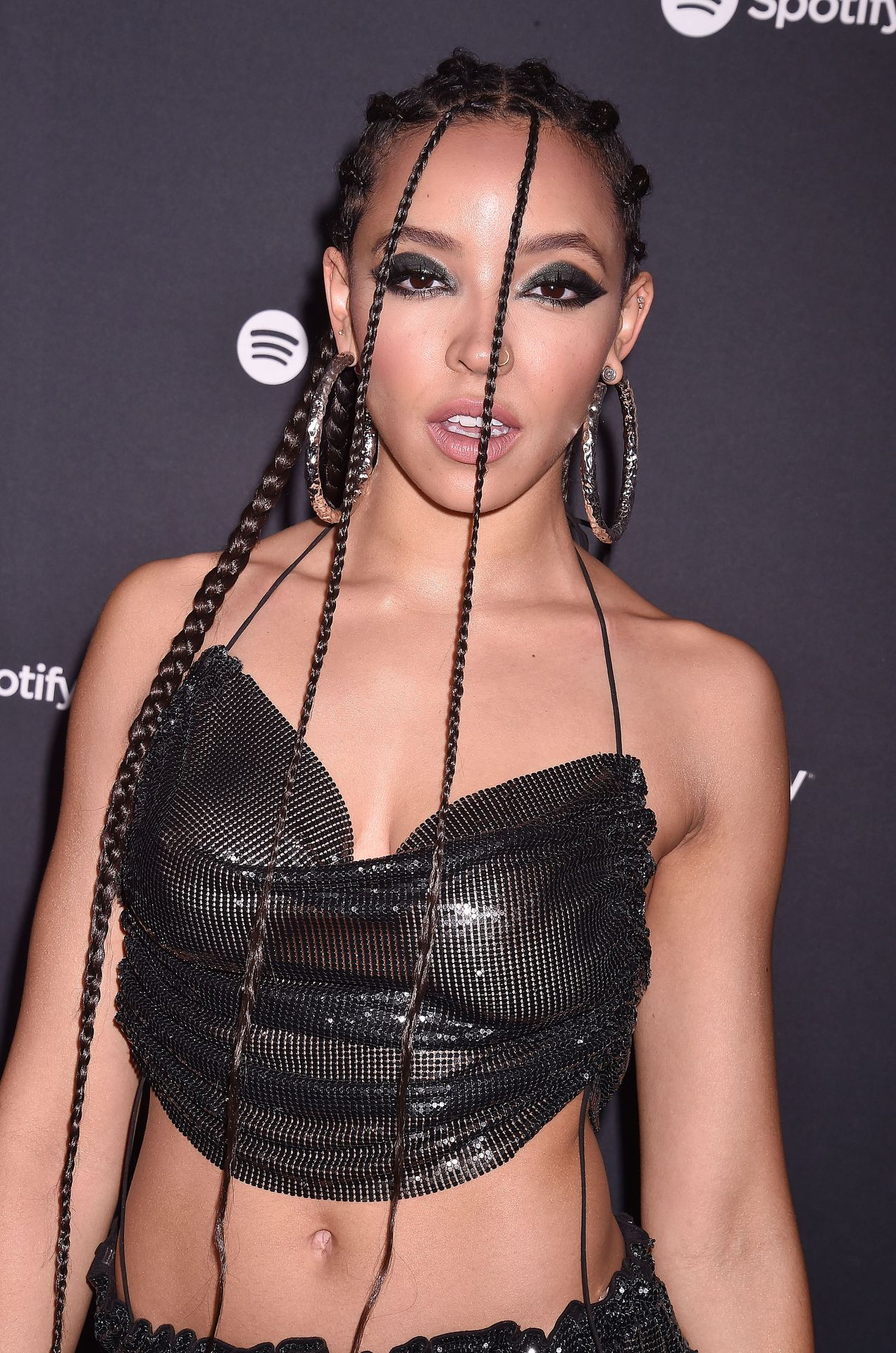 Tinashe Flaunts Her Tits At The Spotify Best New Artist Party 0024