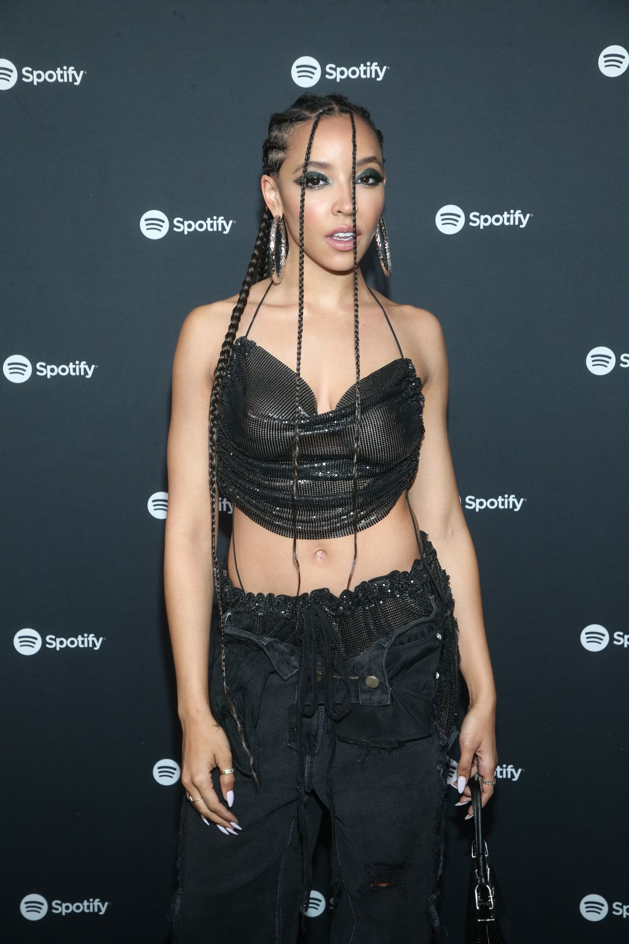 Tinashe Flaunts Her Tits At The Spotify Best New Artist Party 0044