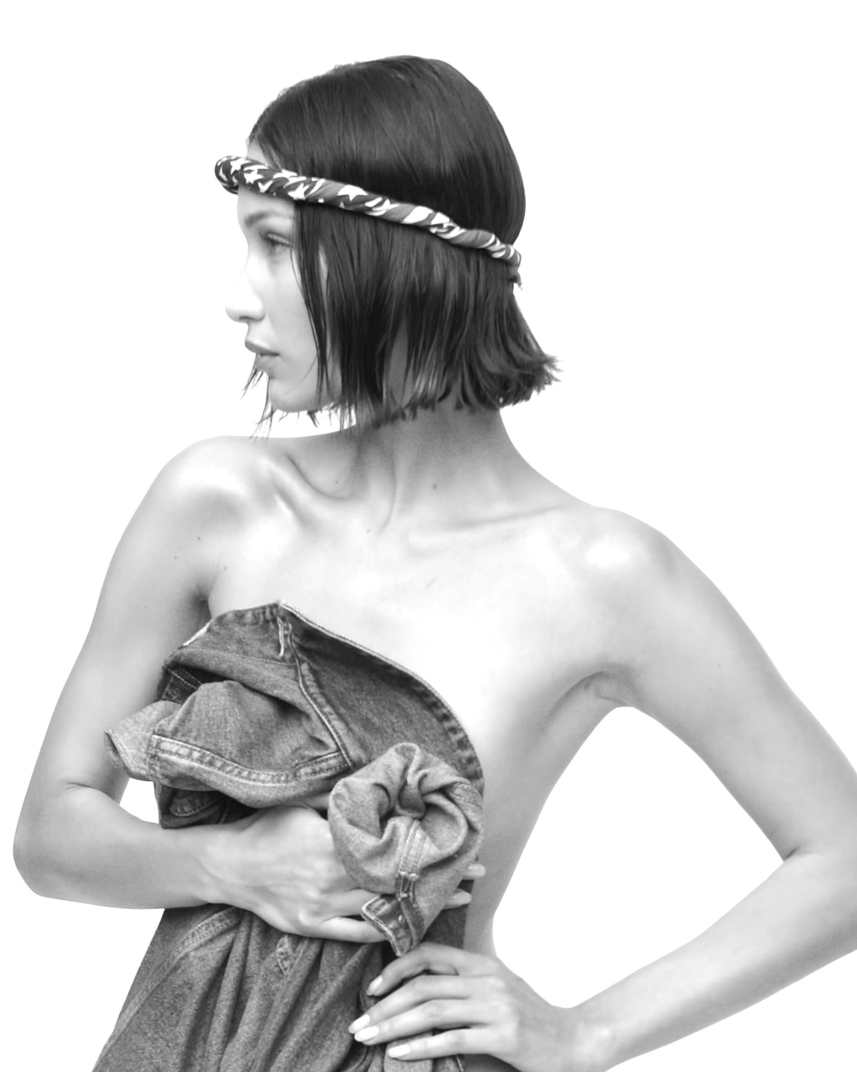 V Magazine 2020 Nude Calendar 0030