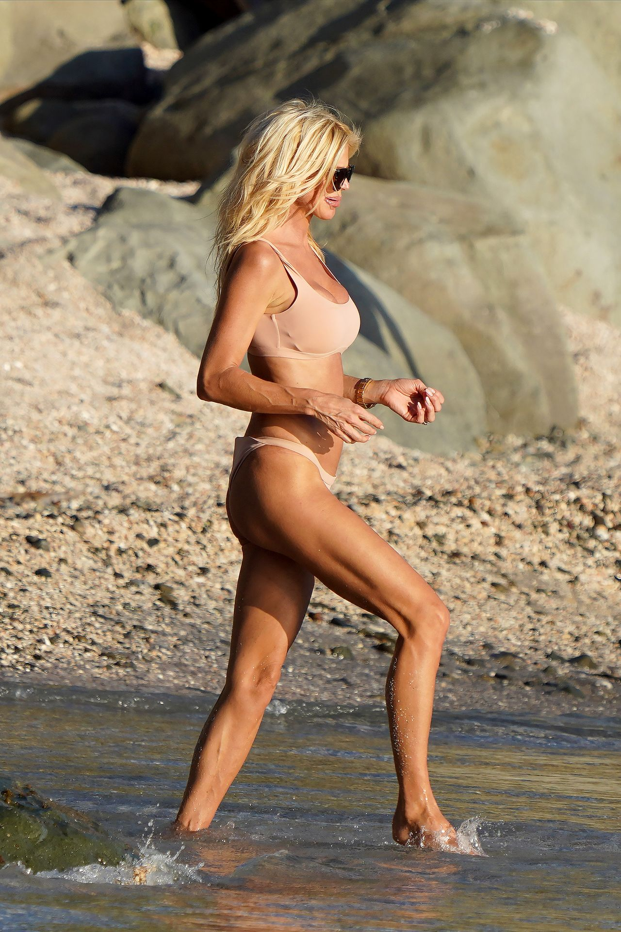Victoria Silvstedt Sexy 0022