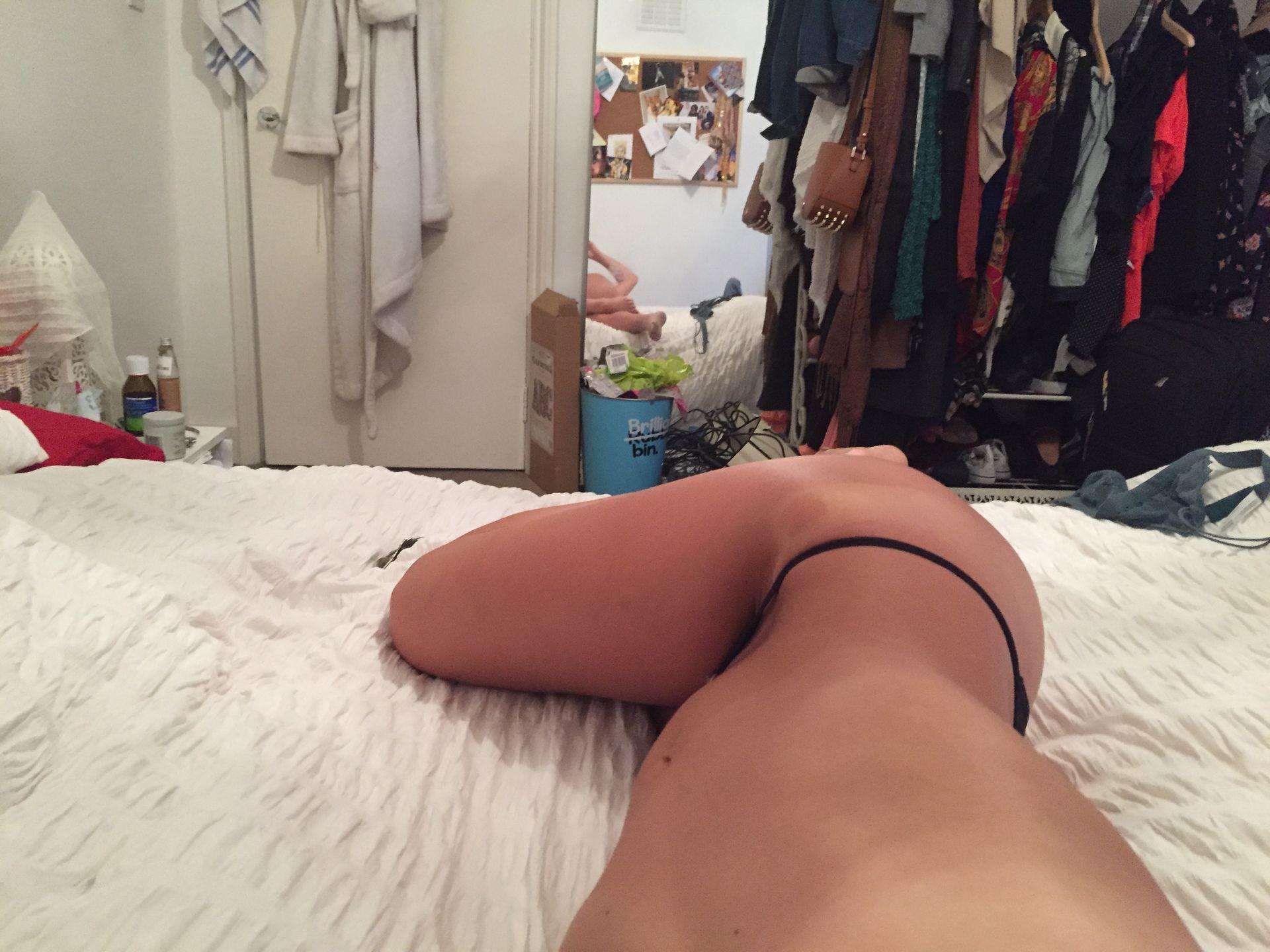 Zizi Strallen Nude Leaked The Fappening 0023