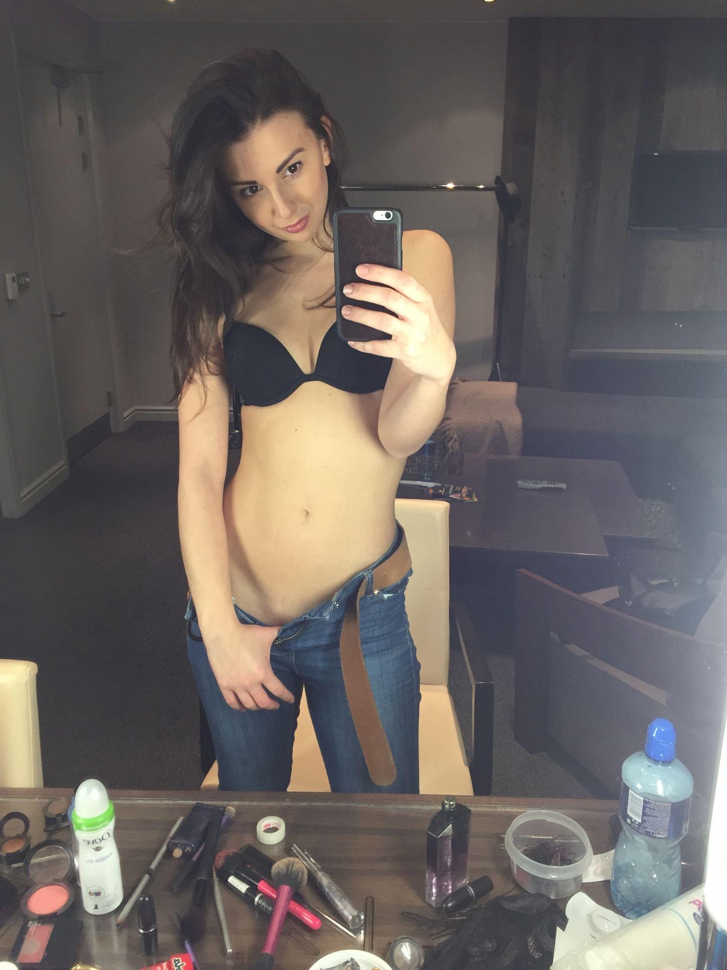 Zizi Strallen Nude Leaked The Fappening 0030