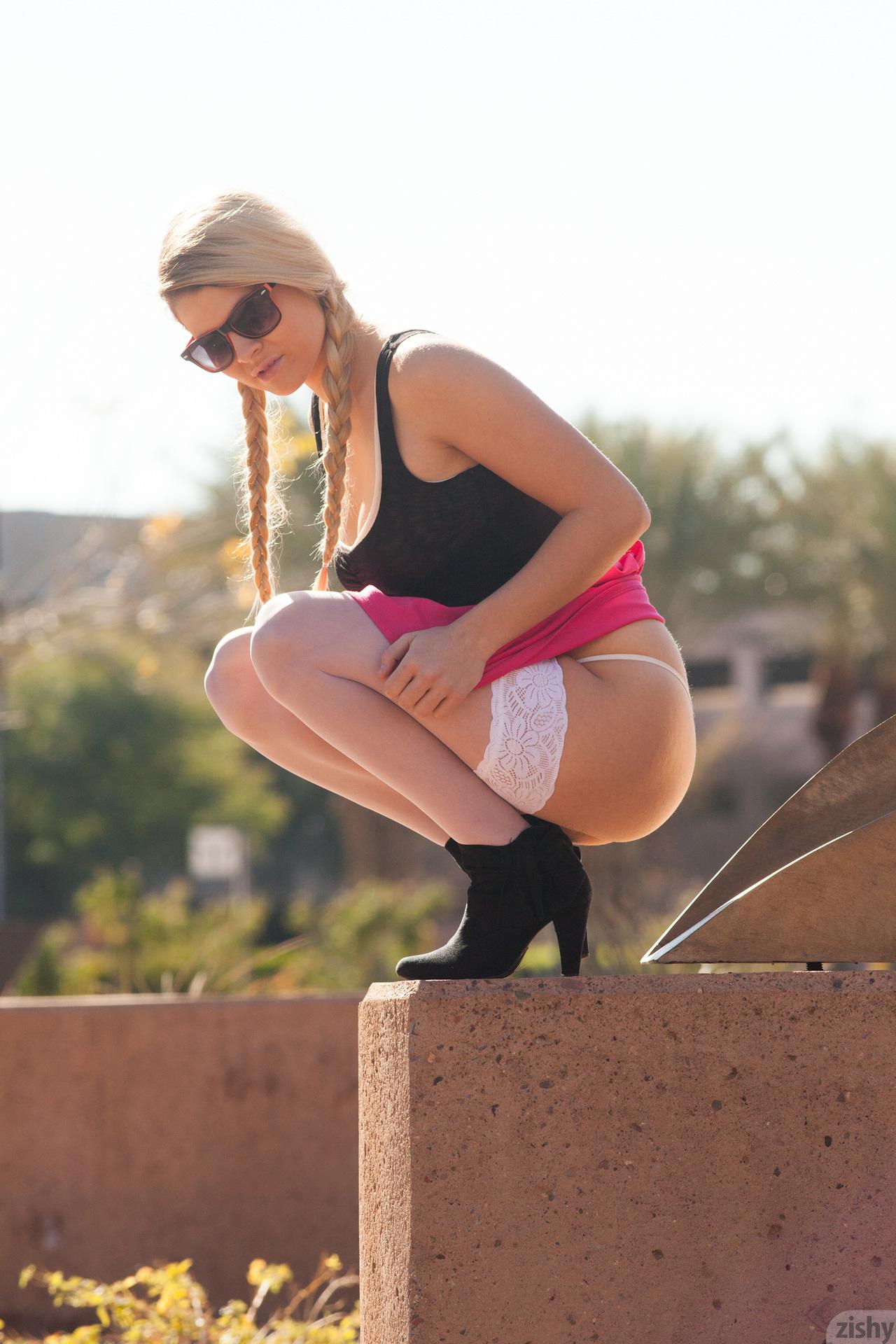 Kirsten Diatta The Phoenix Corp Zishy (19)