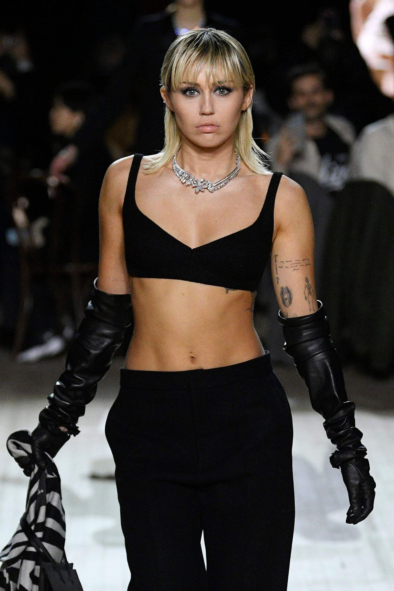 Miley Cyrus Marc Jacobs Fall Winter 2020 2021 Show 0010