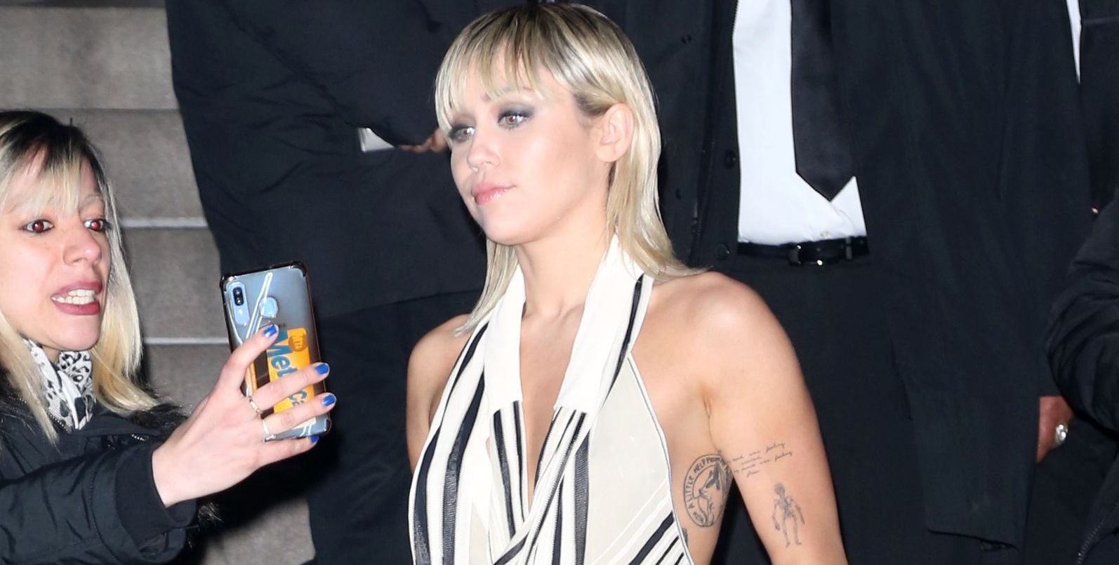Miley Cyrus Is Very Revealing After Marc Jacobs Fashion Show In Nyc 0204