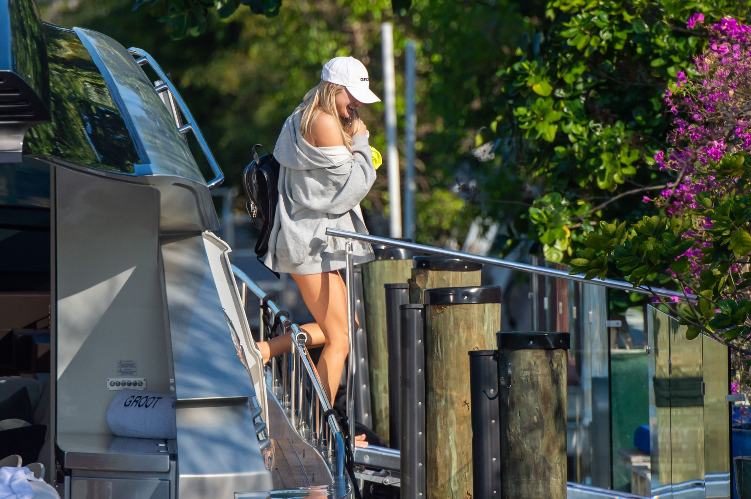 Model Josie Canseco Shows Off Her Curves In Miami 0011