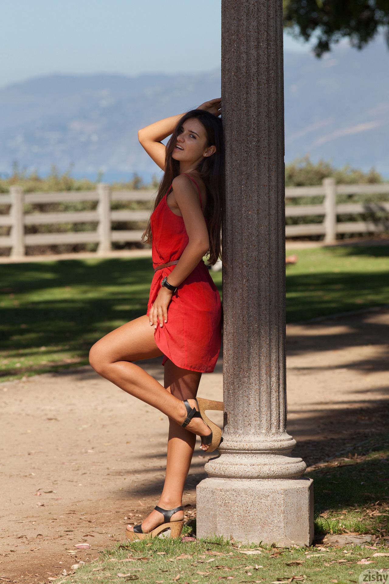 Nora Sibiel Radio Romanio Zishy (22)