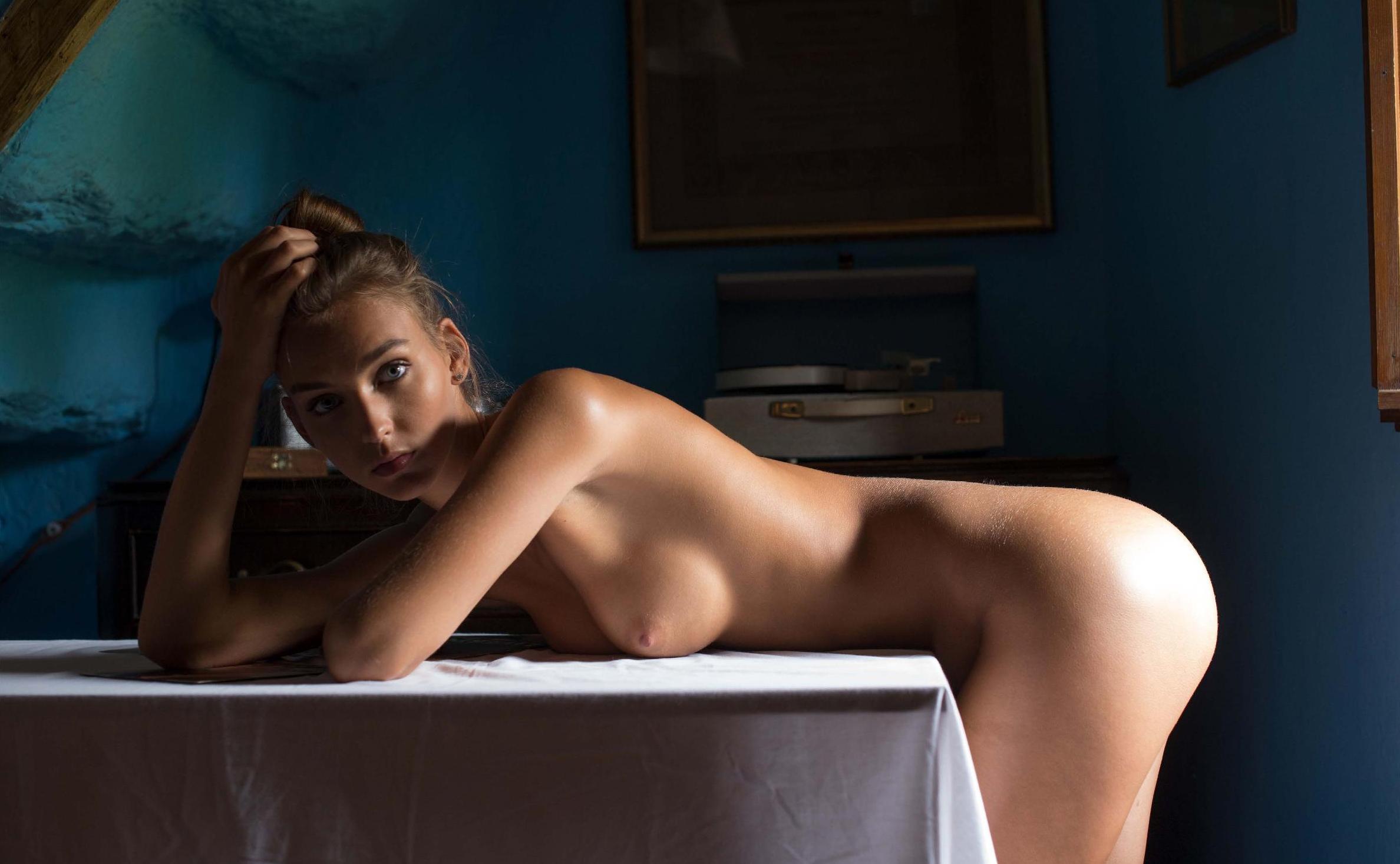 Rachel Cook Nude – Nirvana Magazine 0004