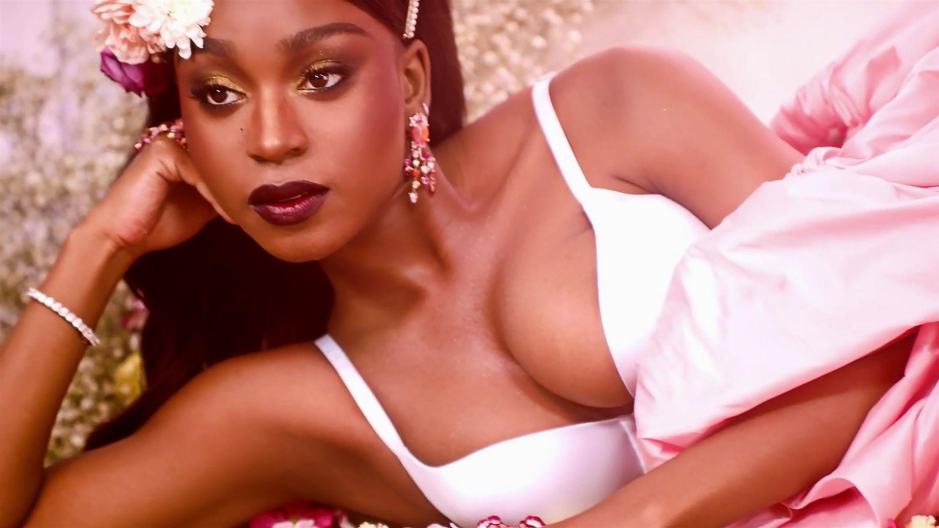 Rihanna's New Savage X Fenty Spring Collection 0031